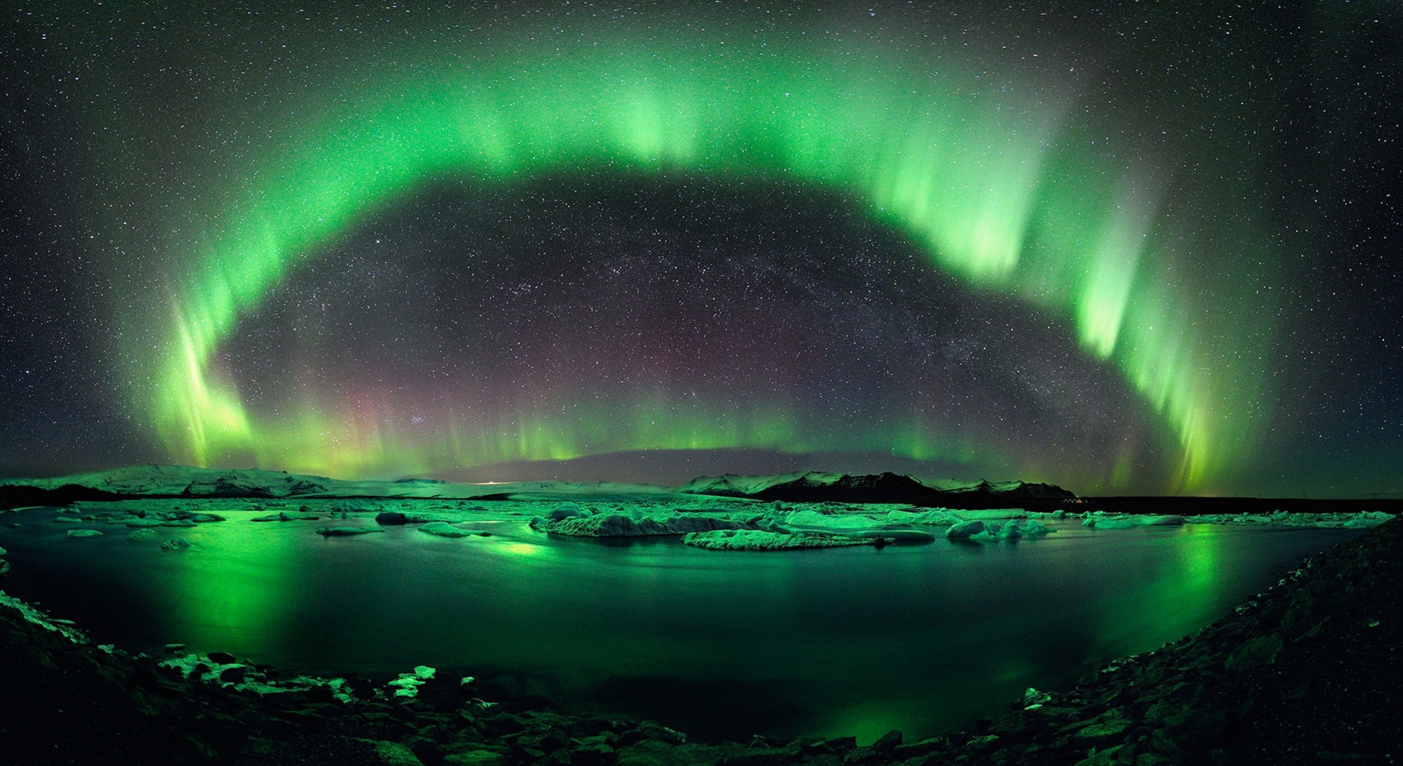 the scientific explanation behind the fascinating phenomenon of the northern lights 10 bizarre physics phenomena mike williams june 24, 2013 share 420 stumble 9 tweet pin 7 +1 35 share 13 shares 484 we often take our daily experience of life.