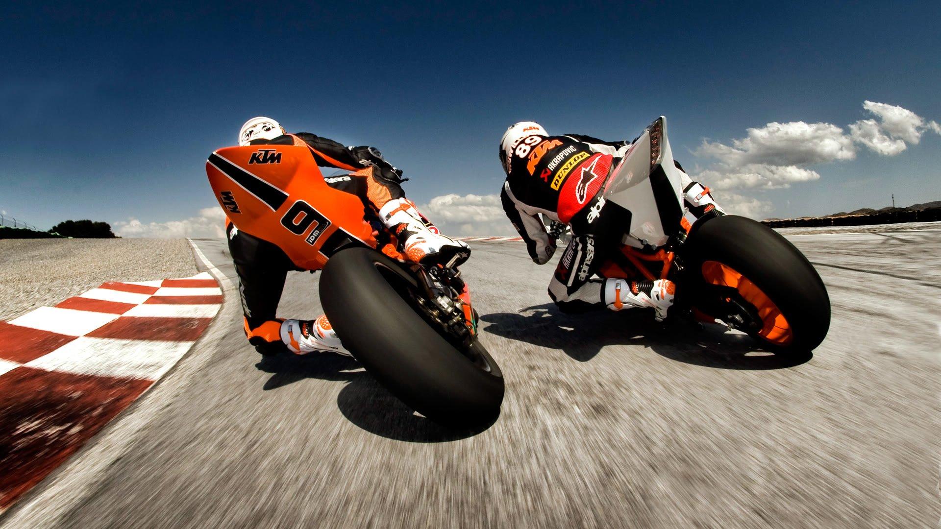 мотоцикл зеленый вираж гонщик онлайн