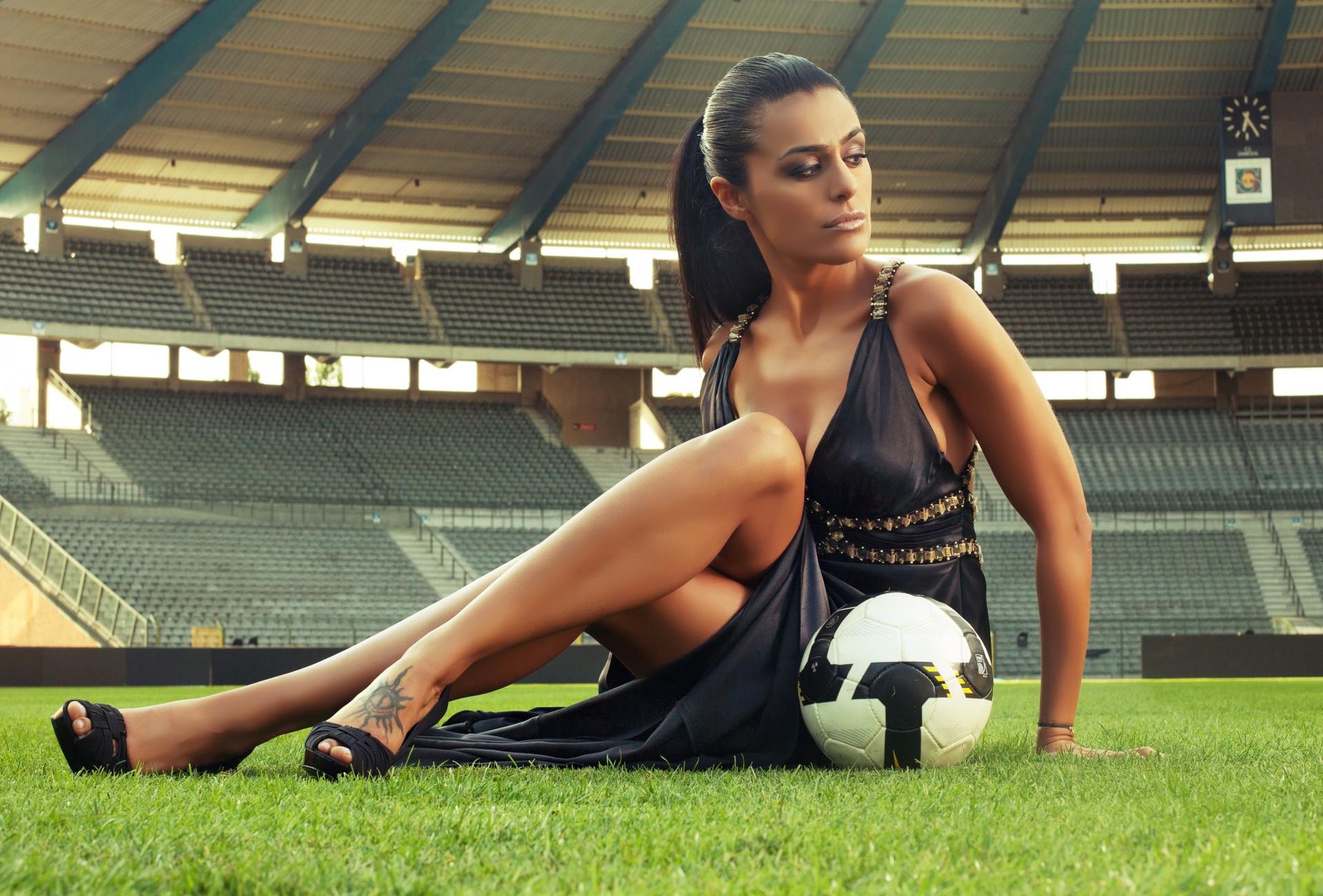 Dating a soccer girl