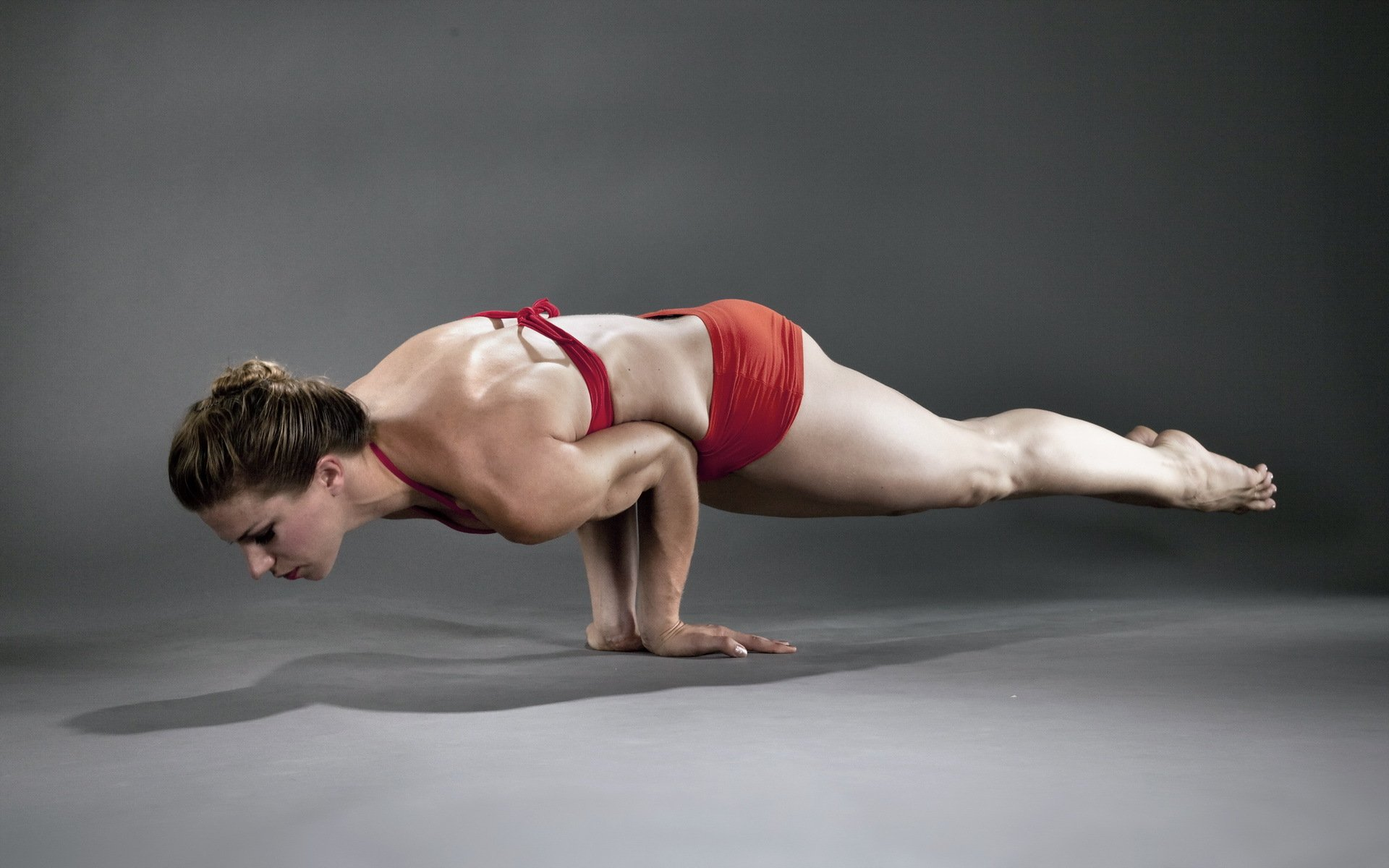Фото девушки гимнастки 16 фотография