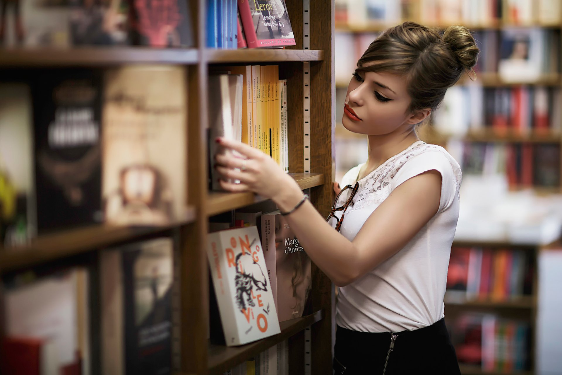ногтевого почему нельзя фотографировать в книжных магазинах этом посте узнаете
