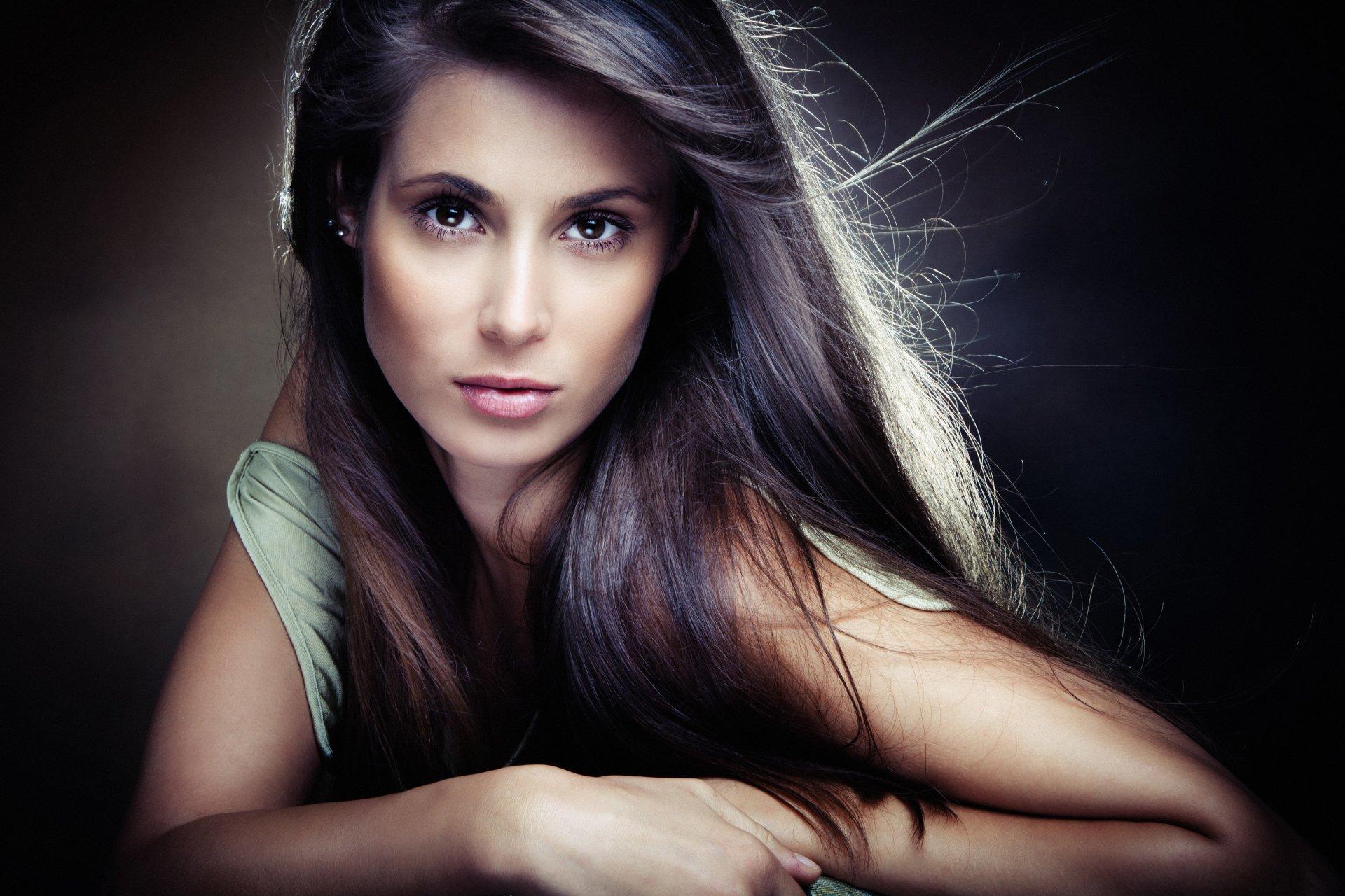 профессиональные фото лиц девушек брюнеток