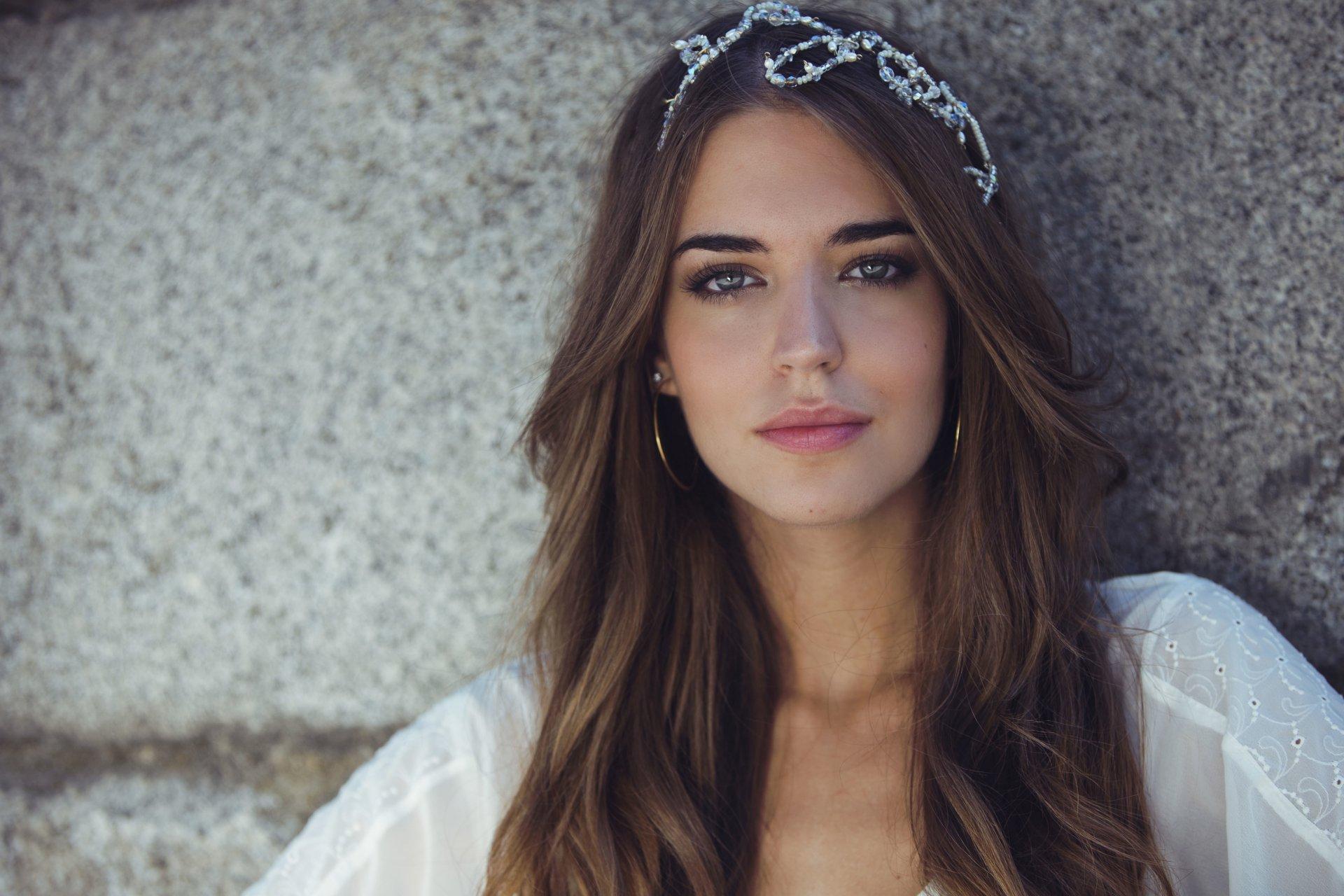 Spanish girls — 12