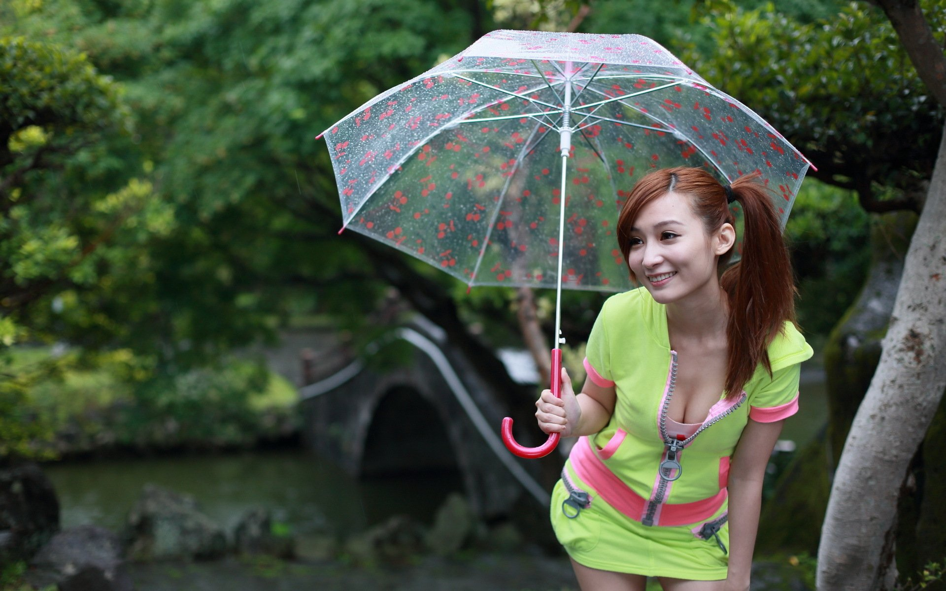 naked-asian-girl-with-umbrella-amateur-pics-of-my-exgirlfriend