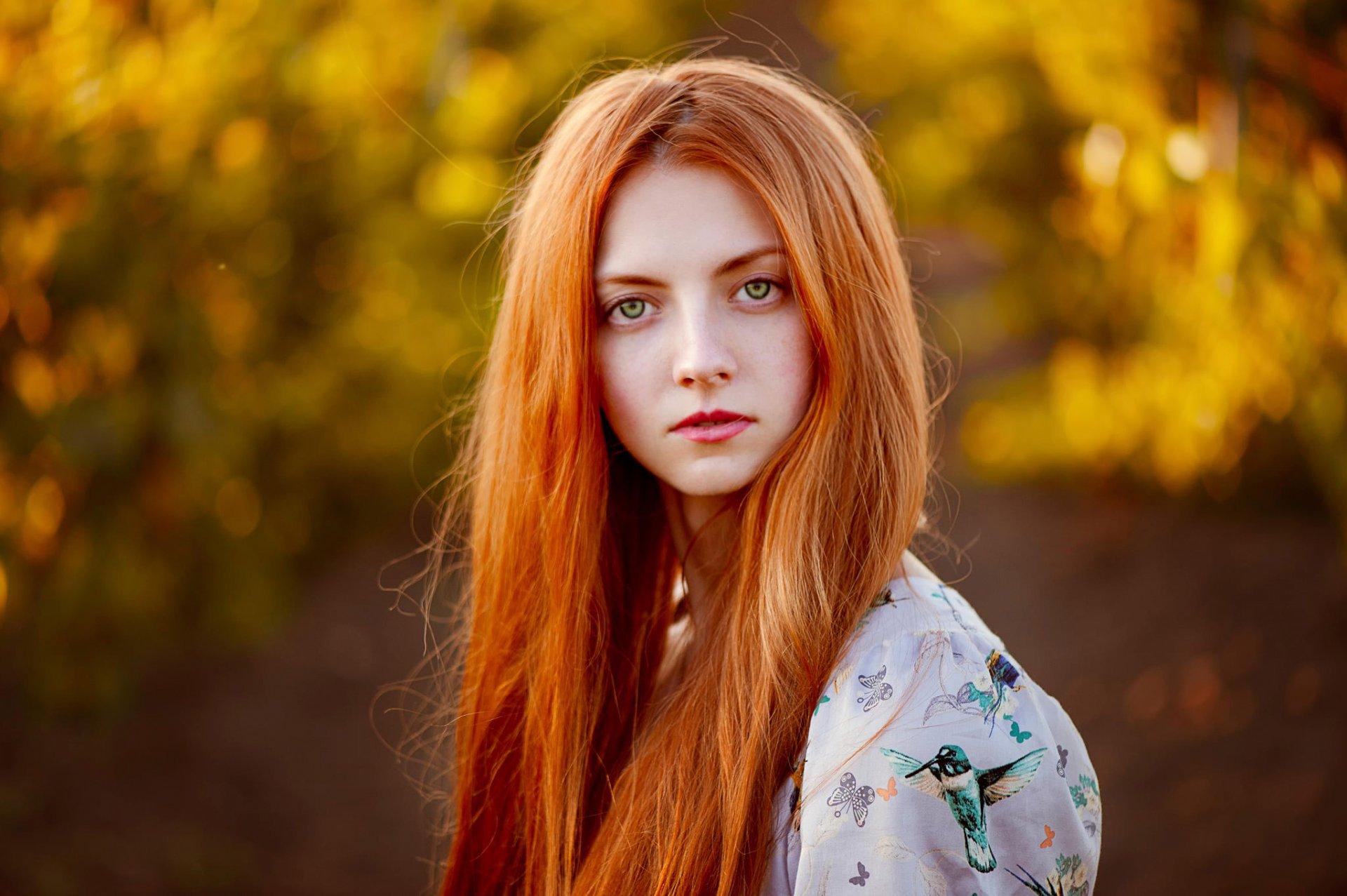 рыжие и зеленоглазые девушки города новокузнецка она