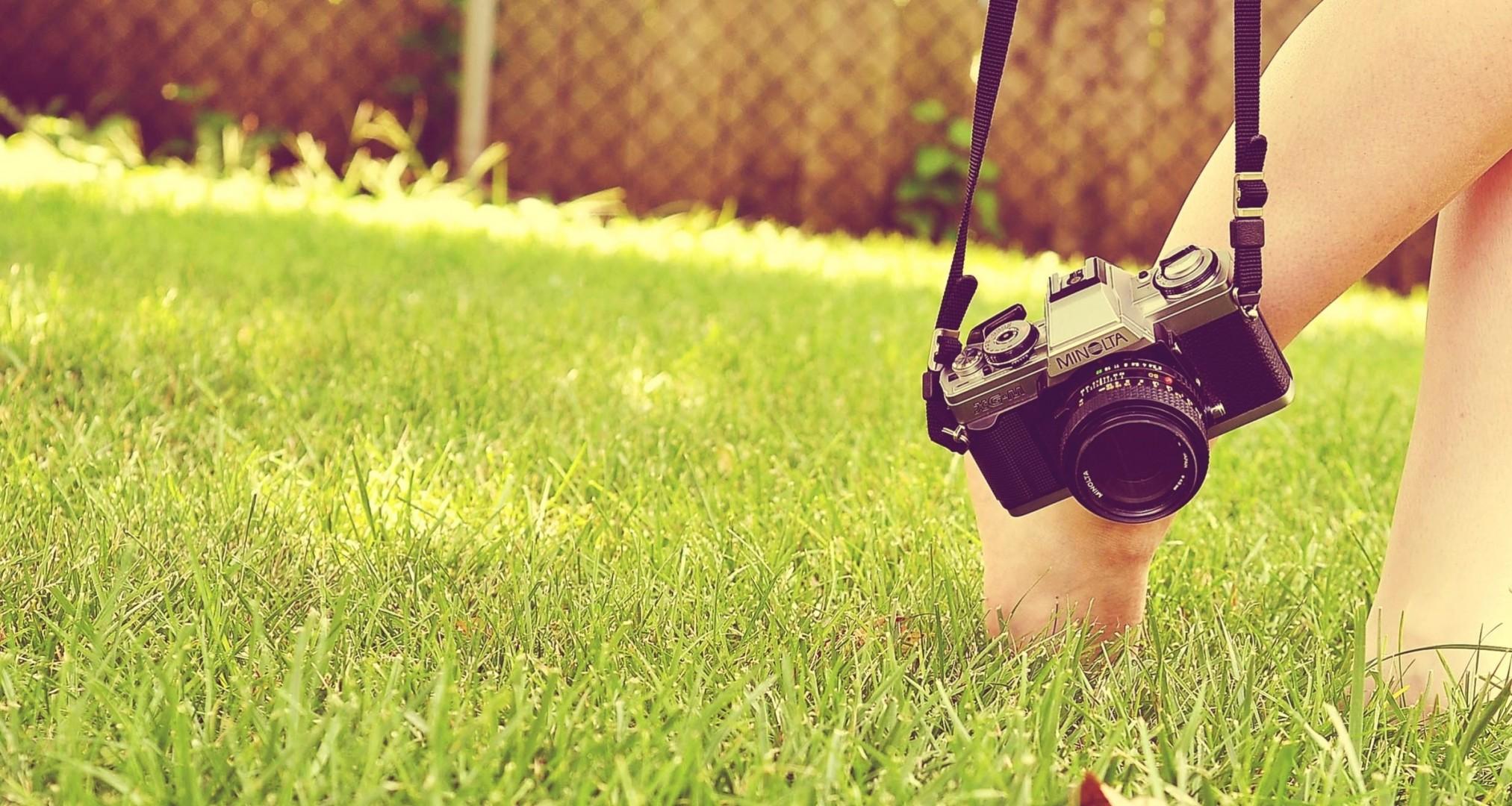 Девчушка на камеру