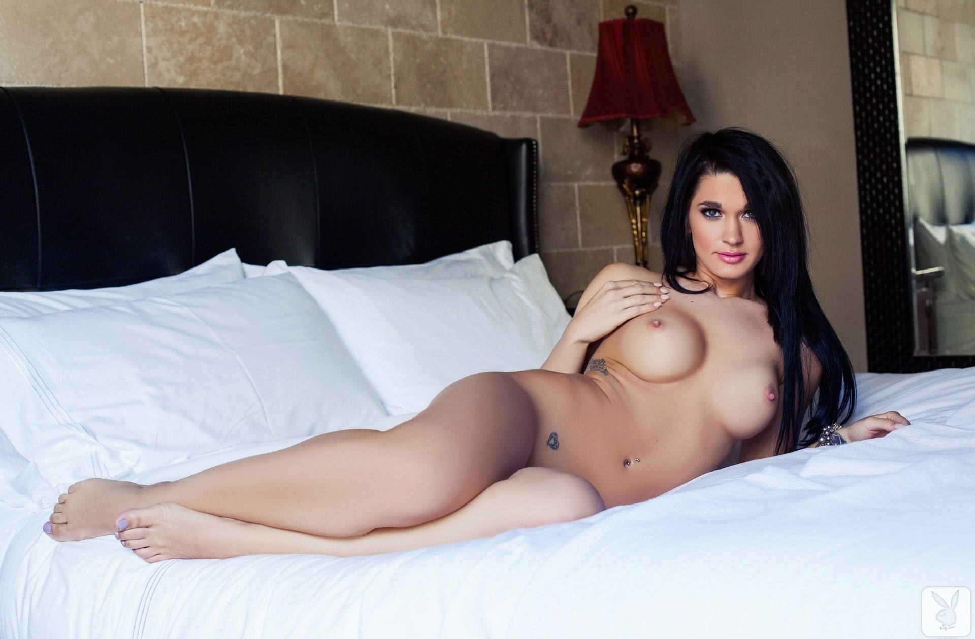 nude-video-porn-stars-naked-in-bed-italtian