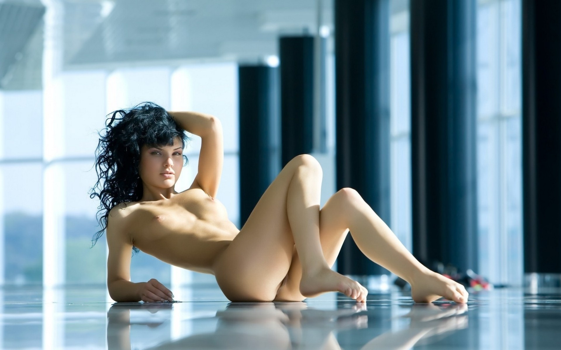 affair-technology-nude-girl