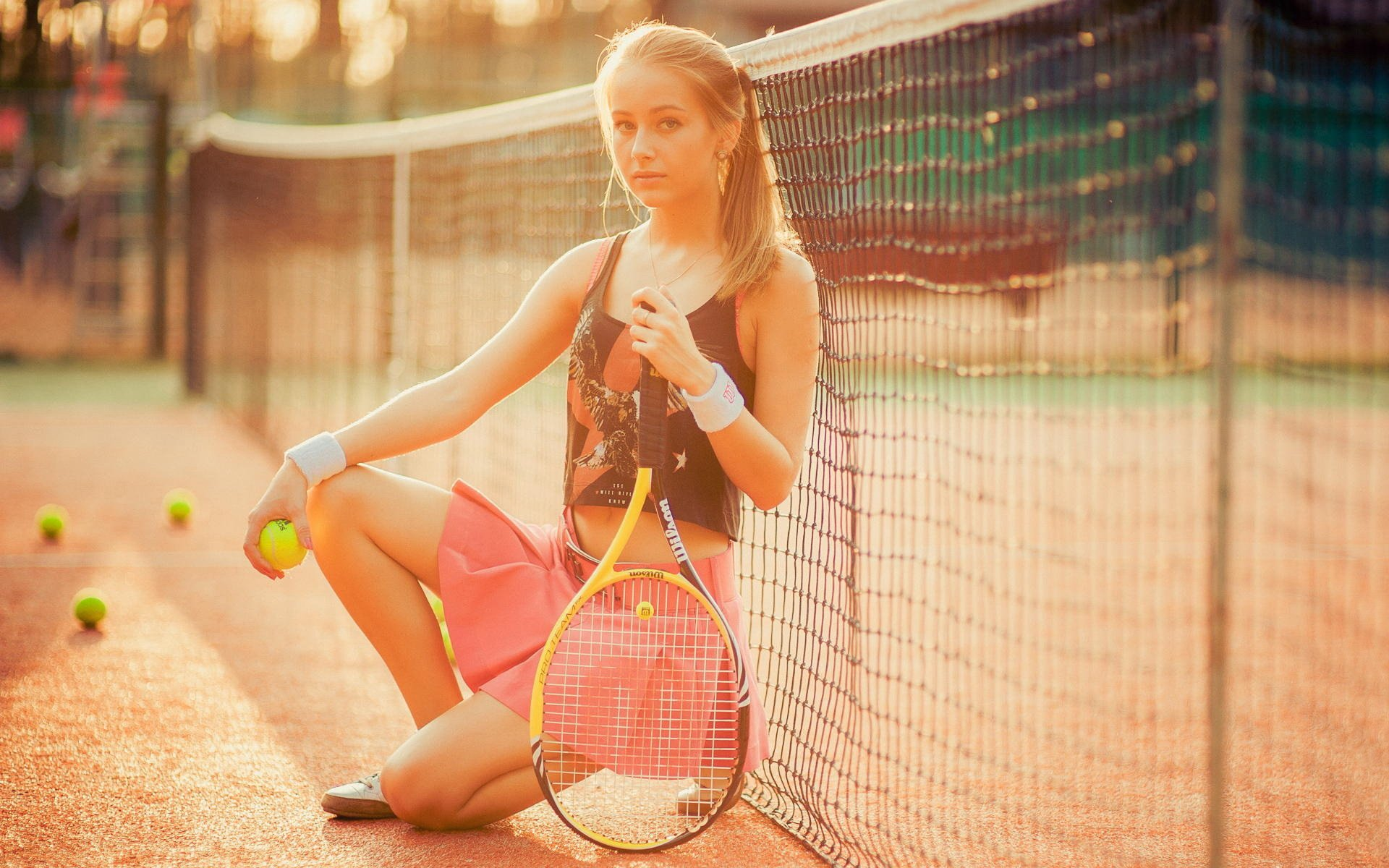 требовал фото с теннисной ракеткой вредителя легко