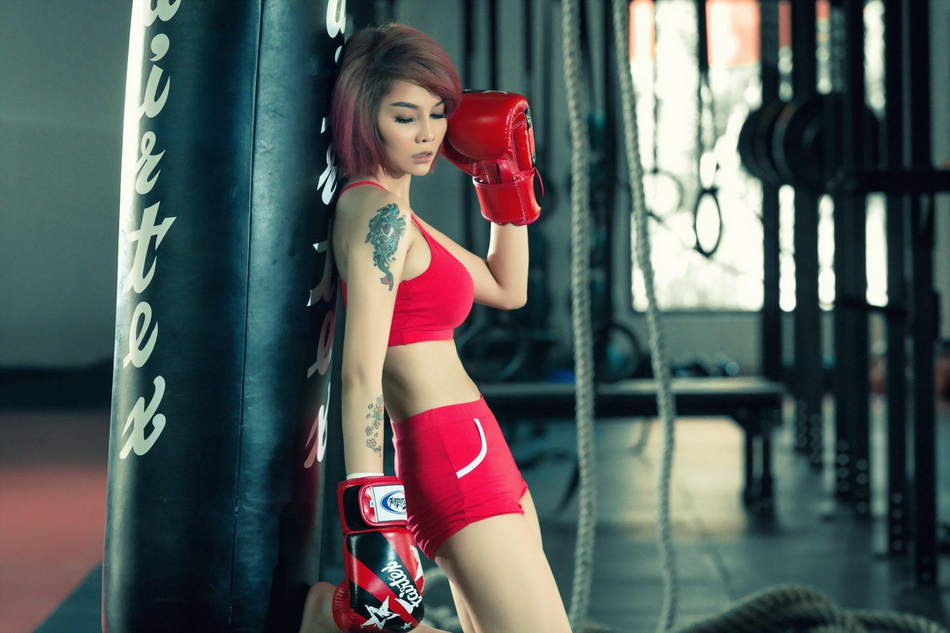 девушка боксерка скачать