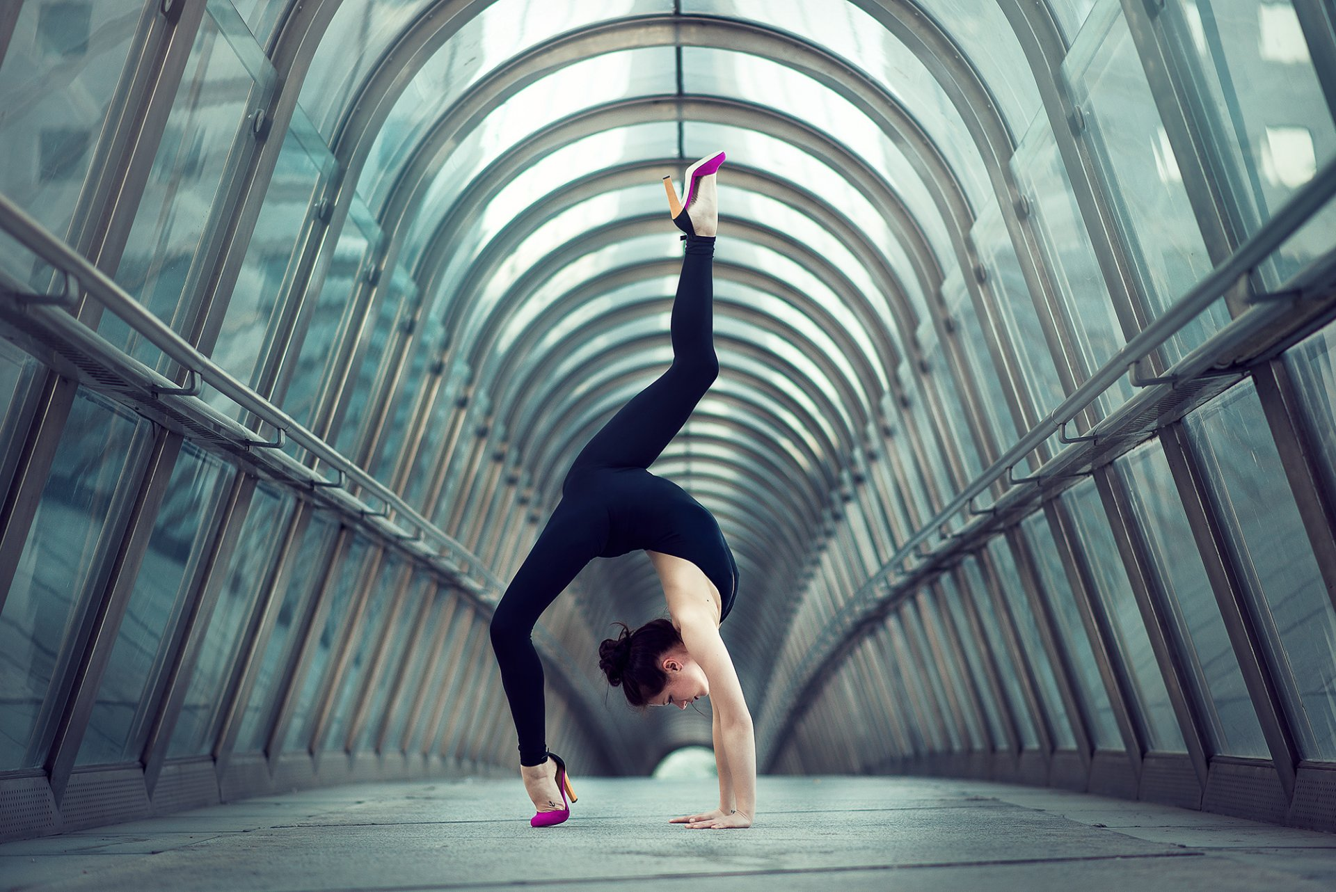 Фото гимнастка фото на улице — 5