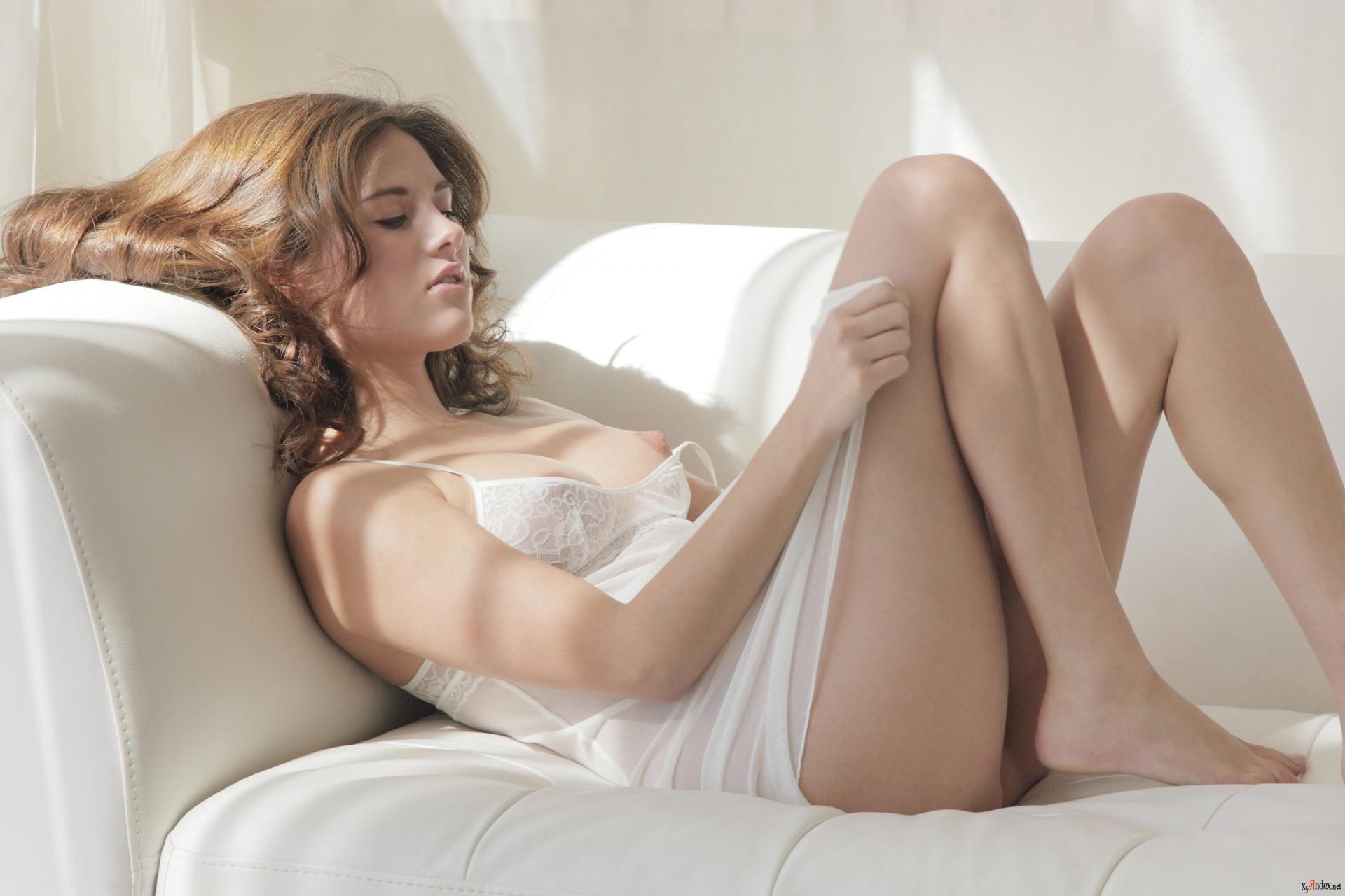Телки в ночнушке порно