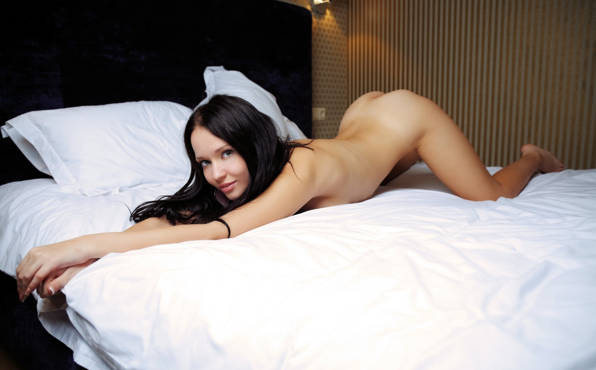 Porn wallpapers stockings bed chest sasha cane model naked ass