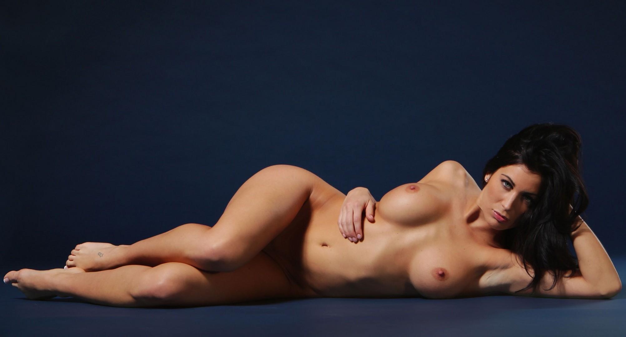 Rani's nude wallpapers