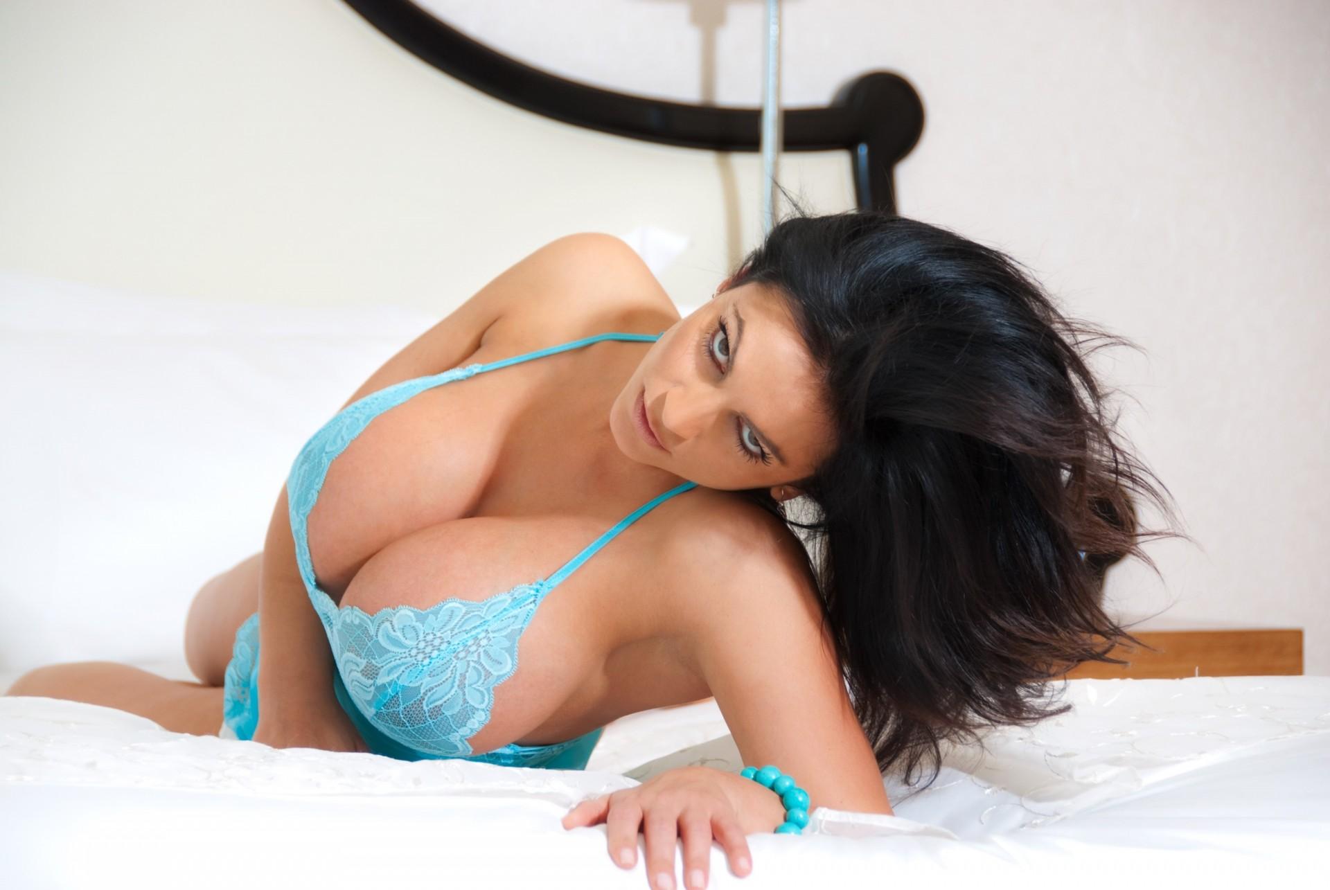 красивый секс с большая грудью