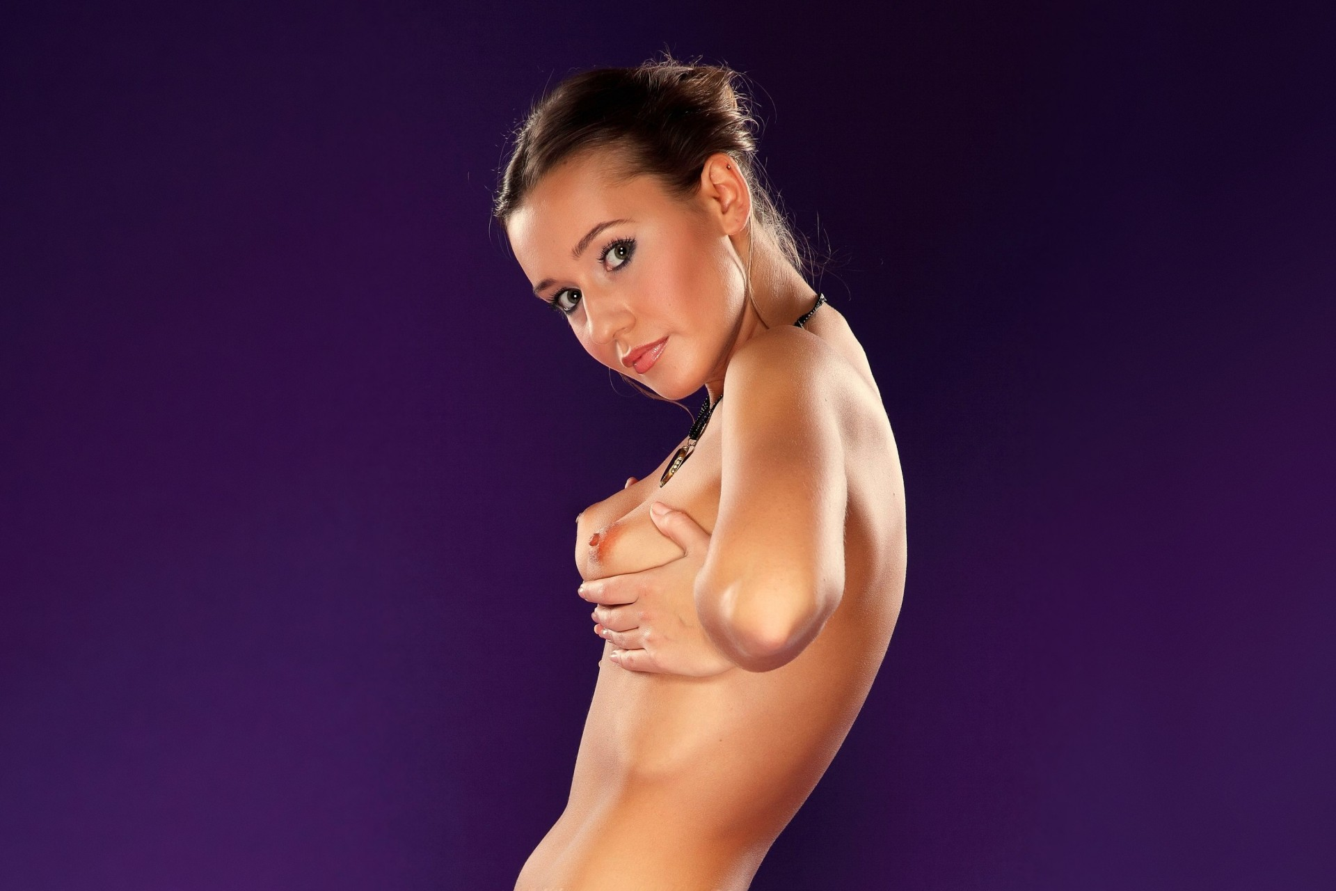 Стройная девушка с большими сосками, Молодая худая девушка с большими сиськами 25 фотография