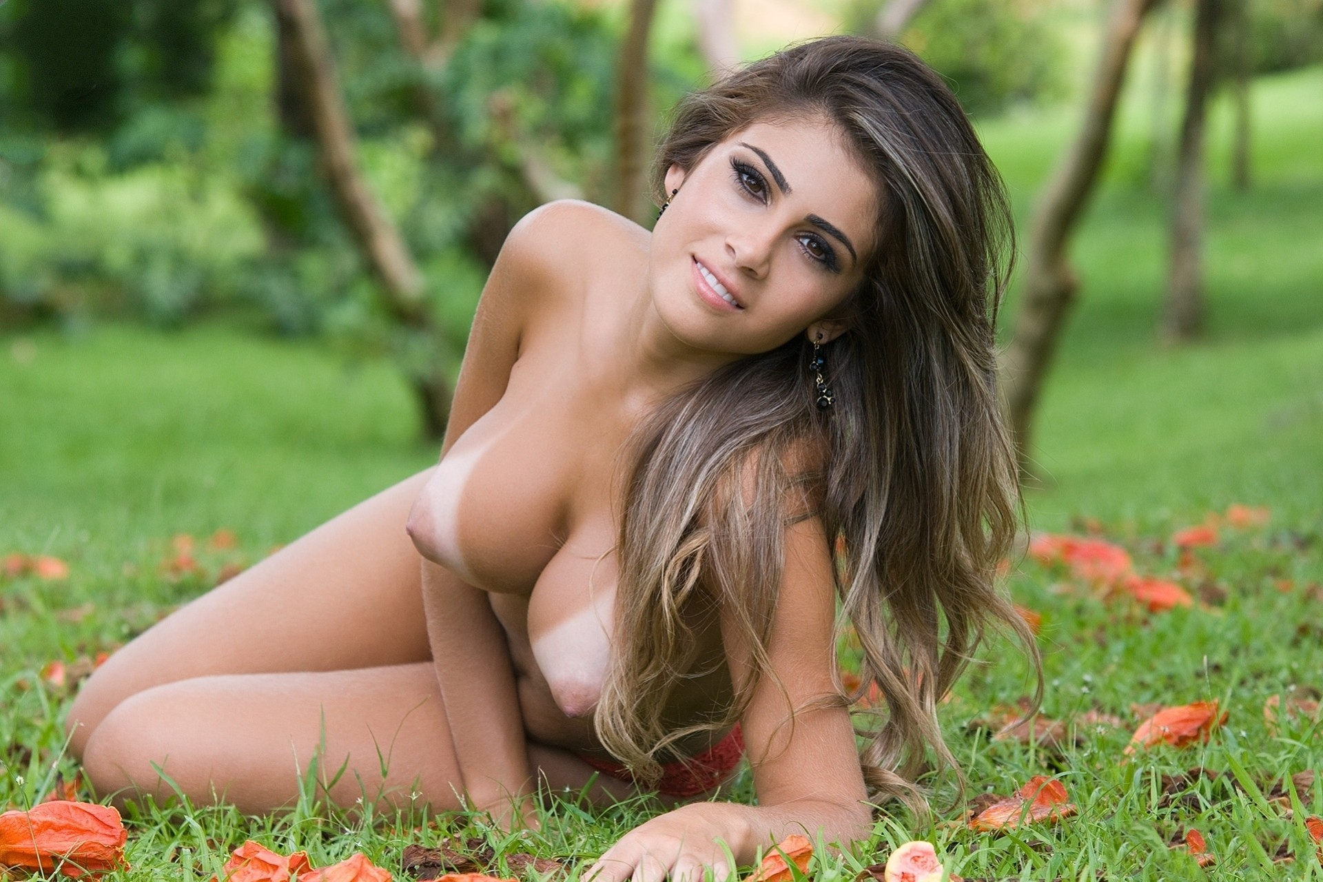 Beauty contestants naked 10