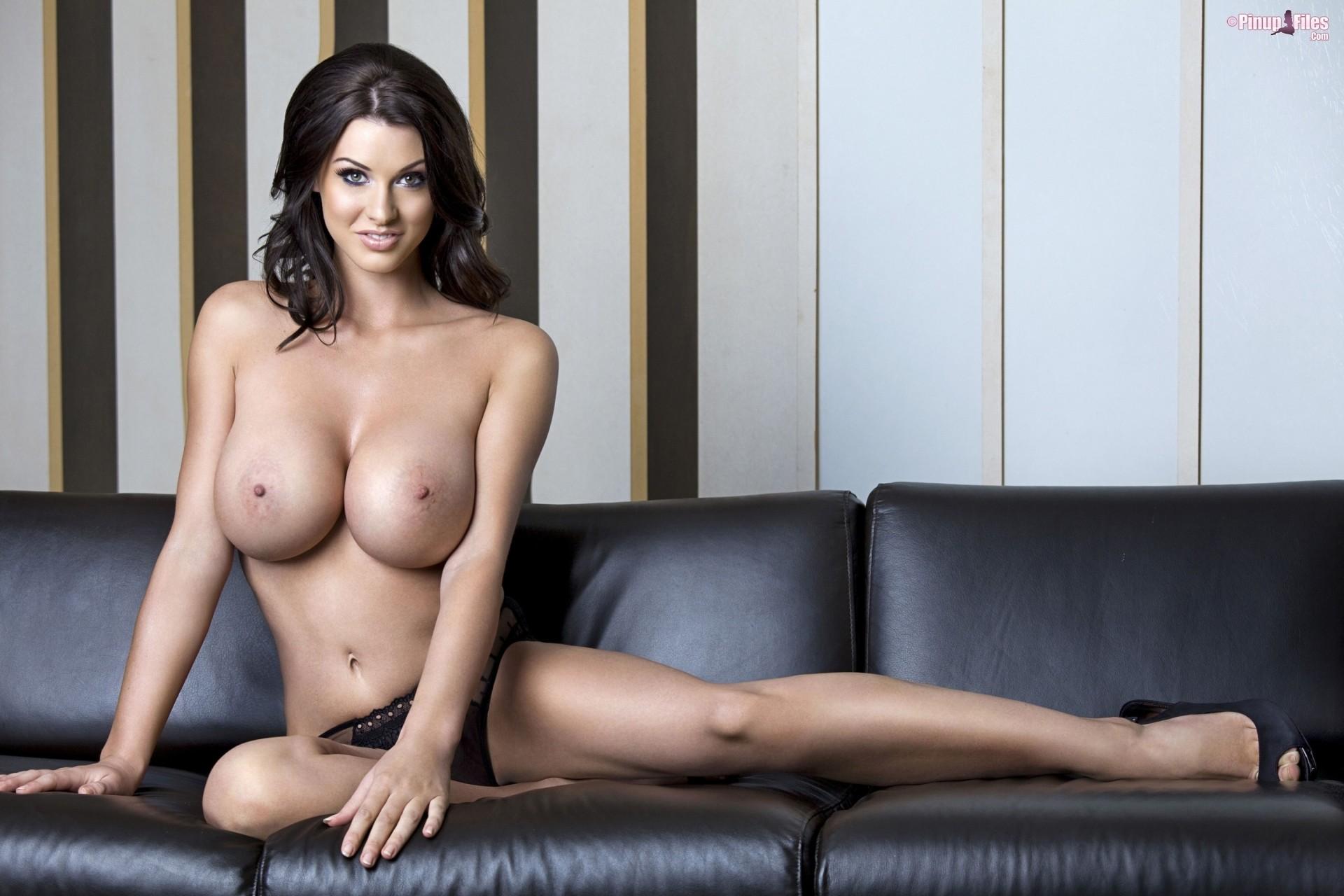 Голые красивые сисястые девушки — pic 3