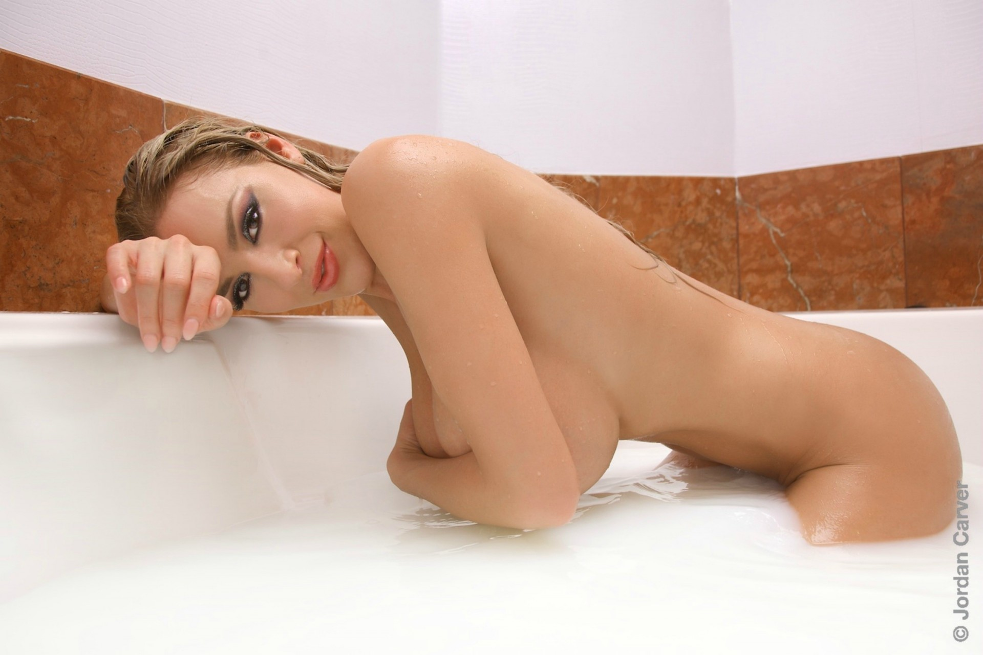 that-girl-nude-milk-bath-vanessa