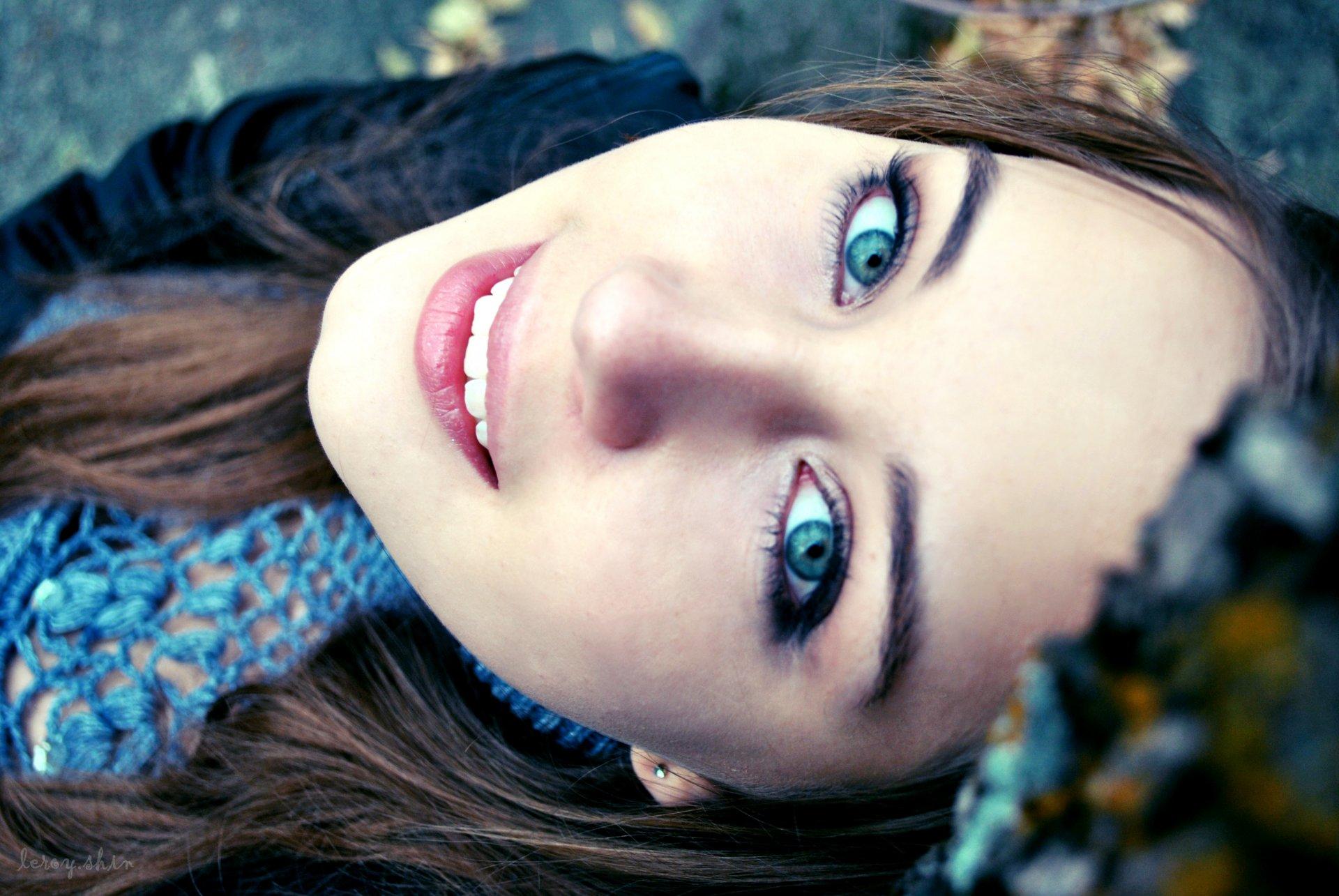 Открытку, картинки красивые глаза девушки