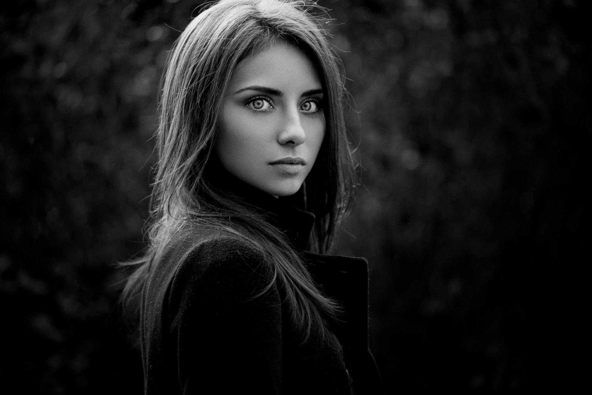 Красивые девушки фотки черно белые