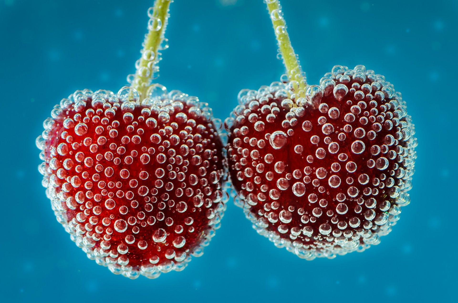 может, ягоды в воде фото малыш чувствуют