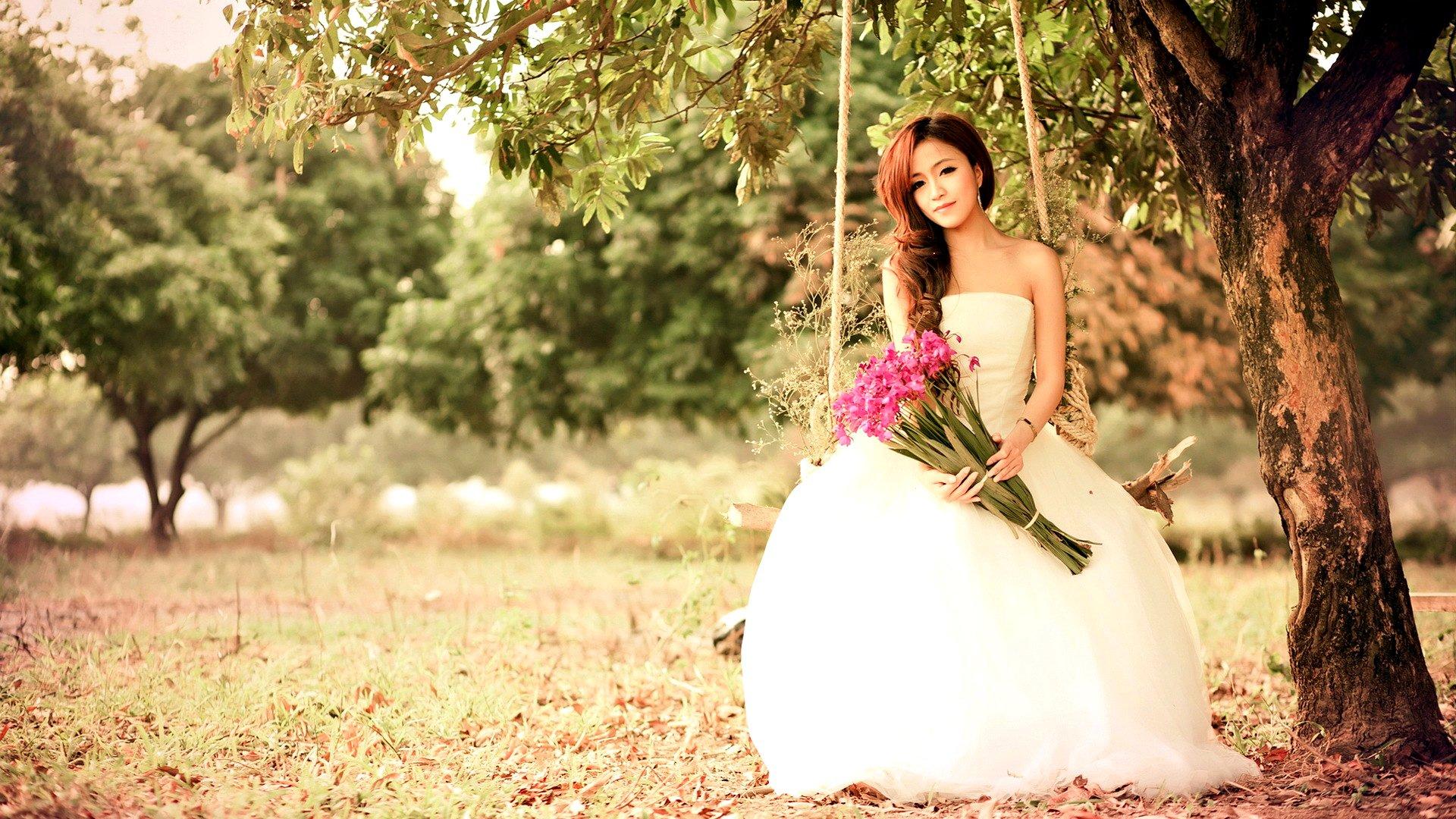 девушка природа белое платье цветы желтые  № 3832649  скачать