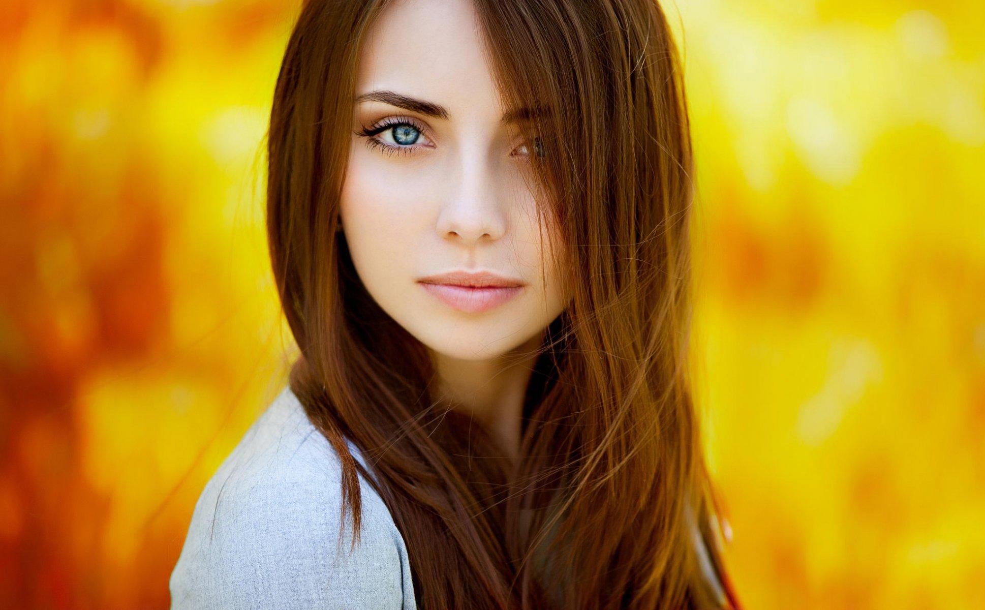 Красивые девушки шатенки, крупно русскую тетю