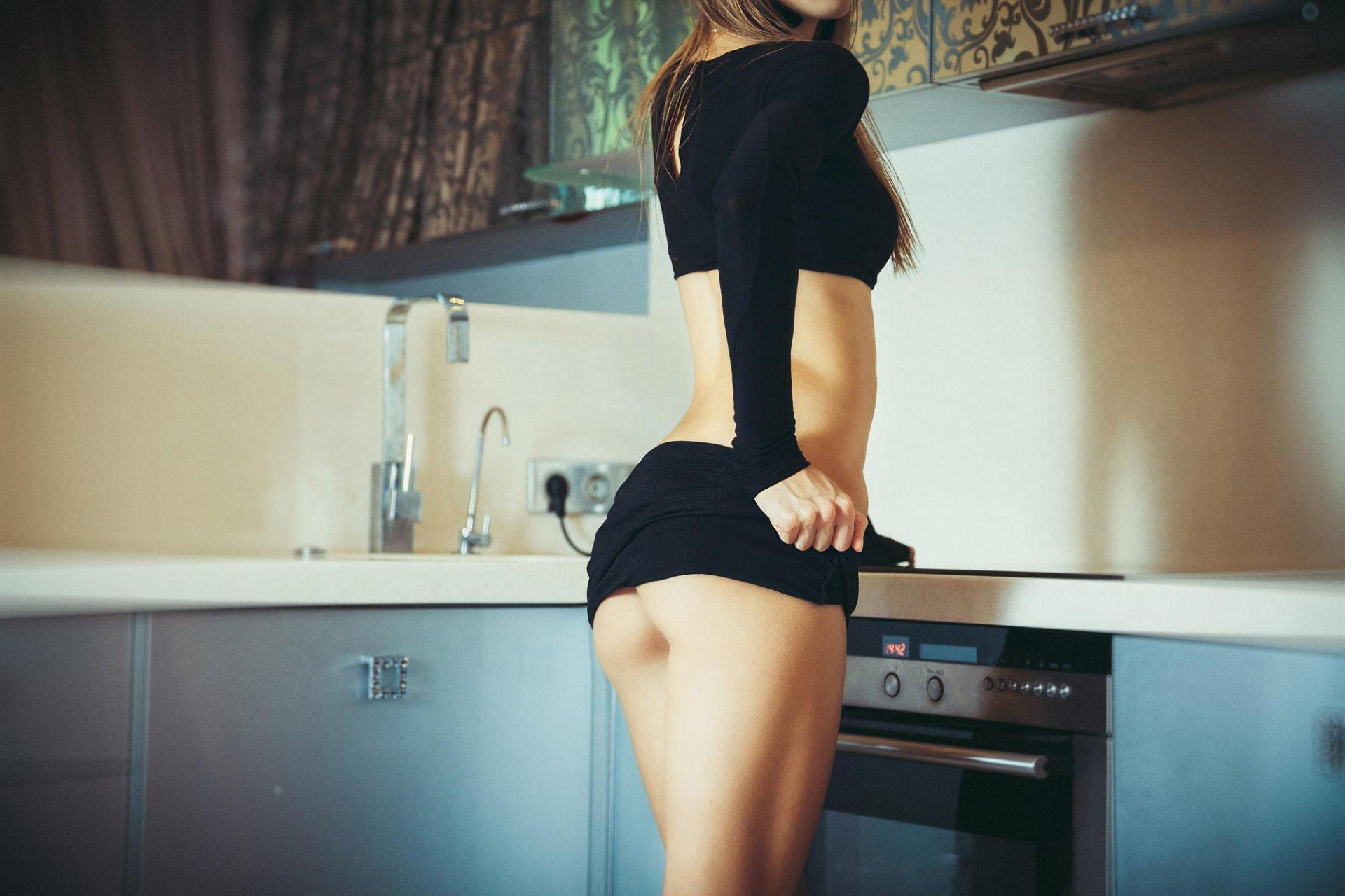 на кухне зади с