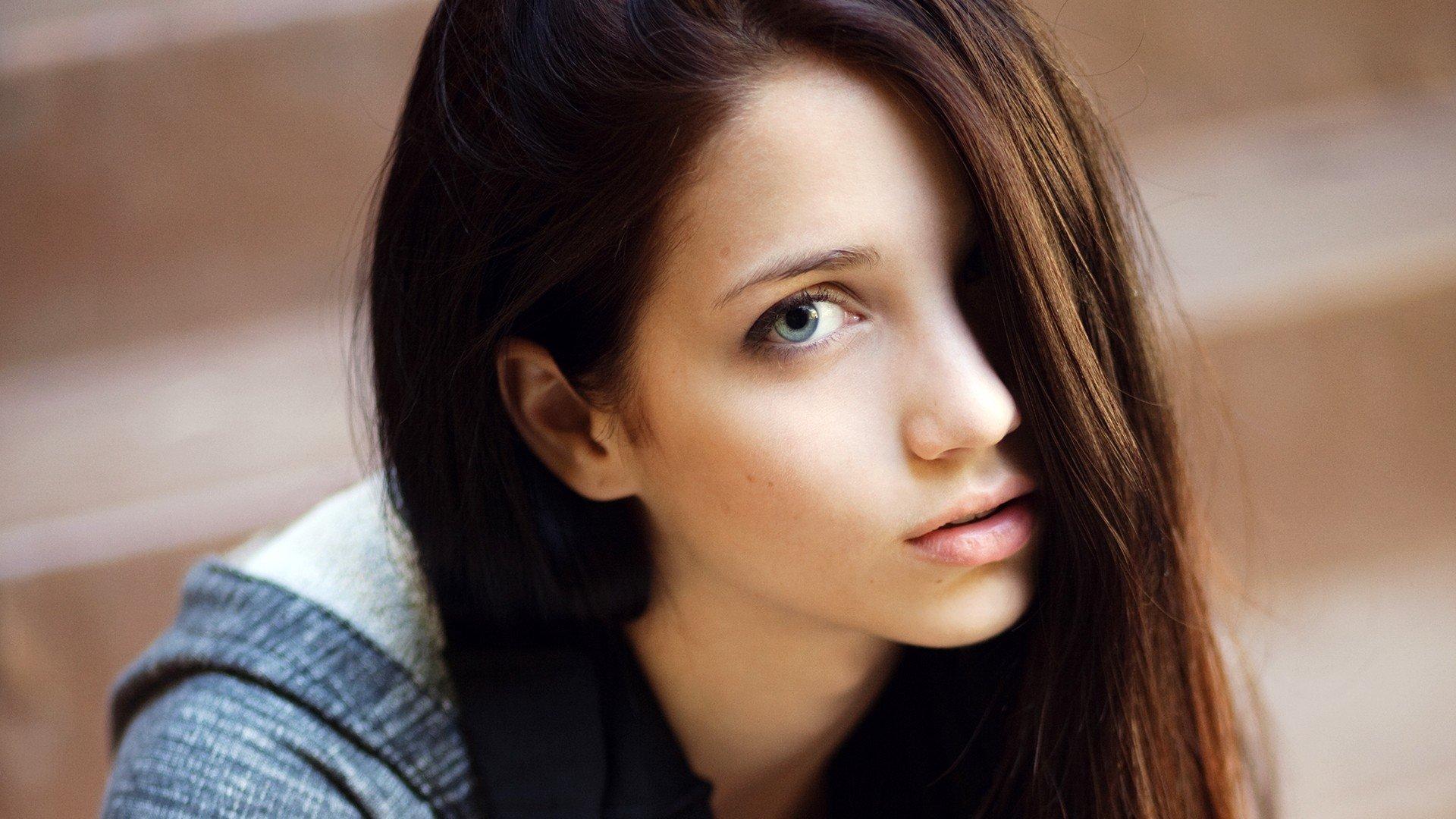 Фото девушки одного лица картинки