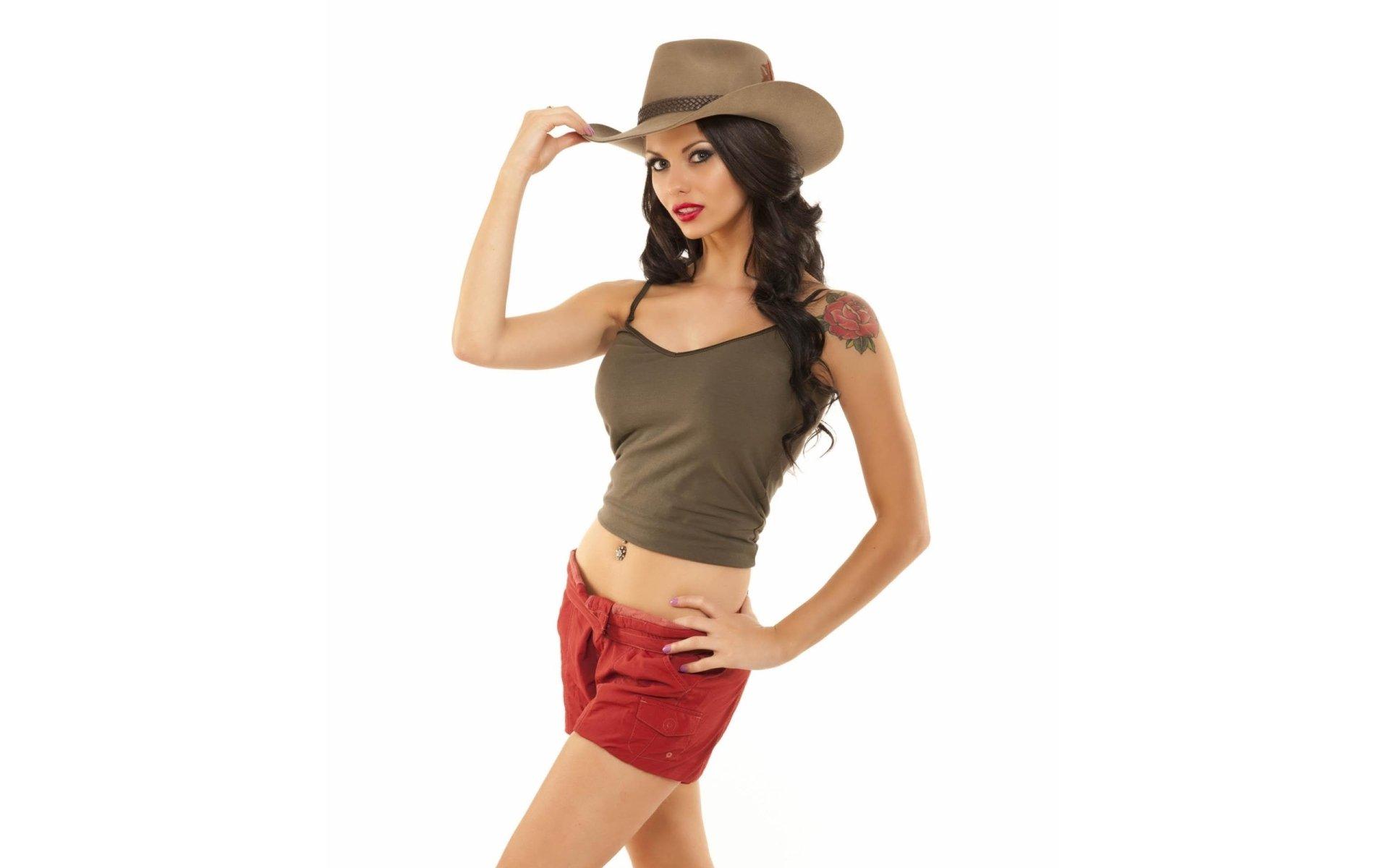 девушка брюнетка шляпа бесплатно