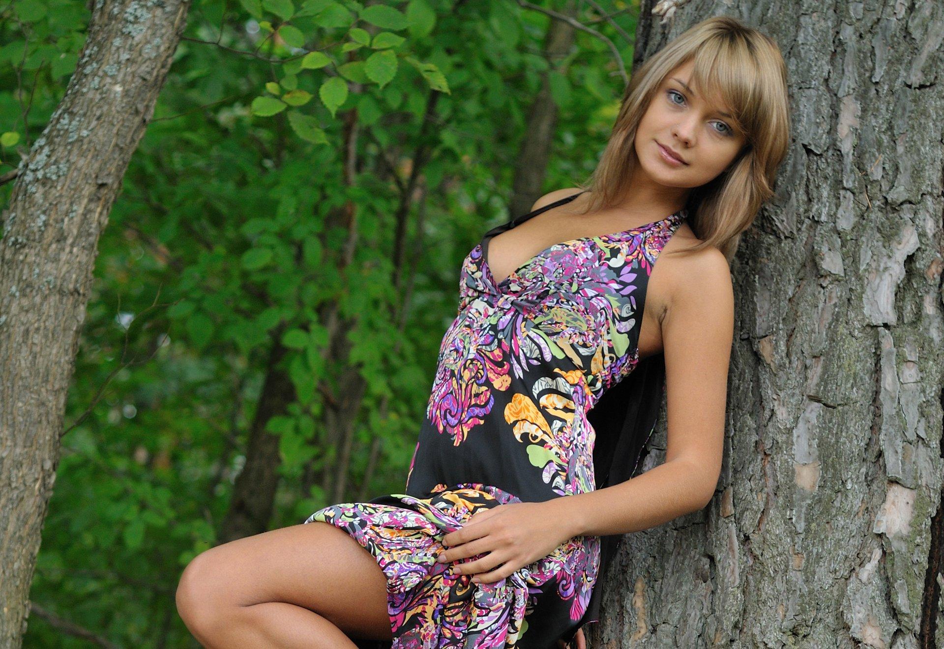 офигенная русская девушка это везде