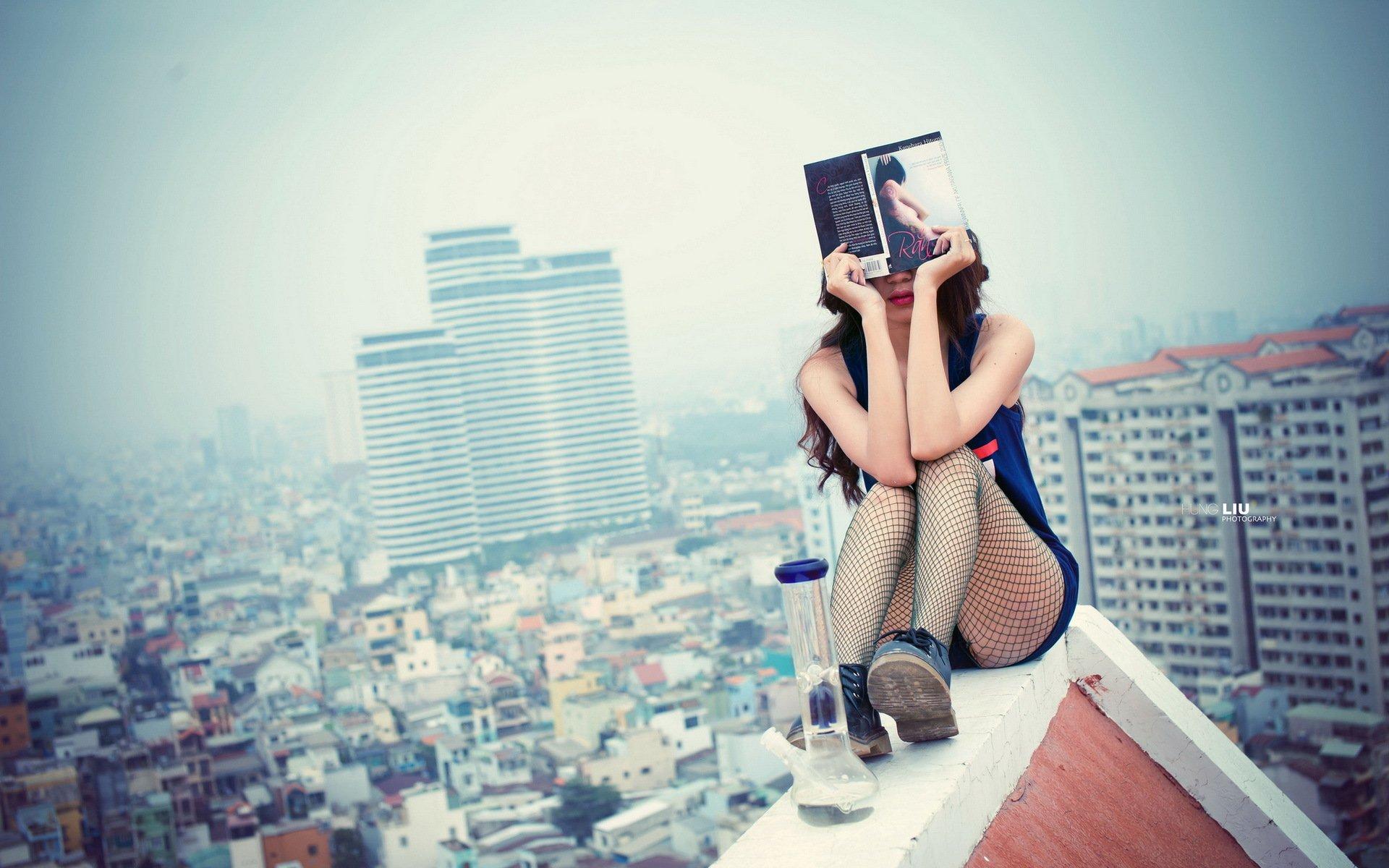 Красивая фотосессия на крыше, порно актрисы самая жесткая сцена
