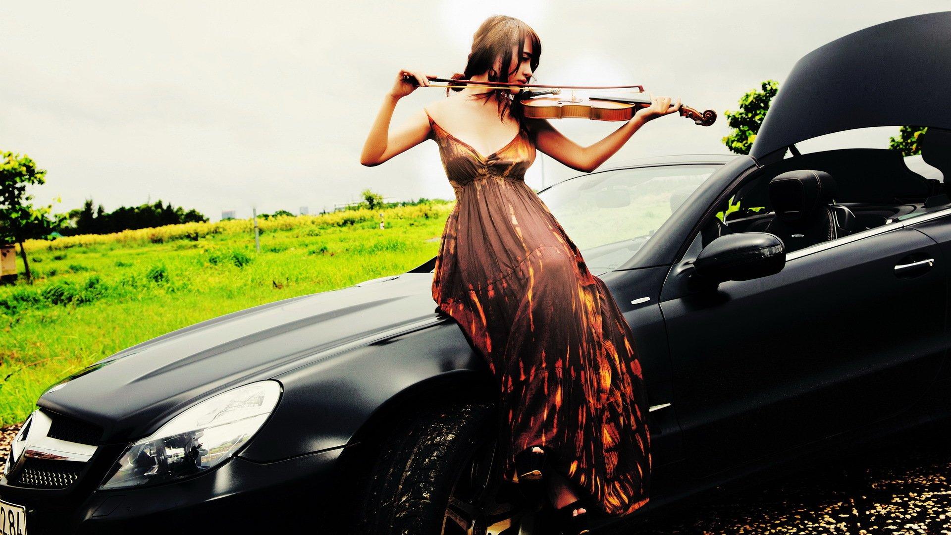Музыкальная девушка подборки