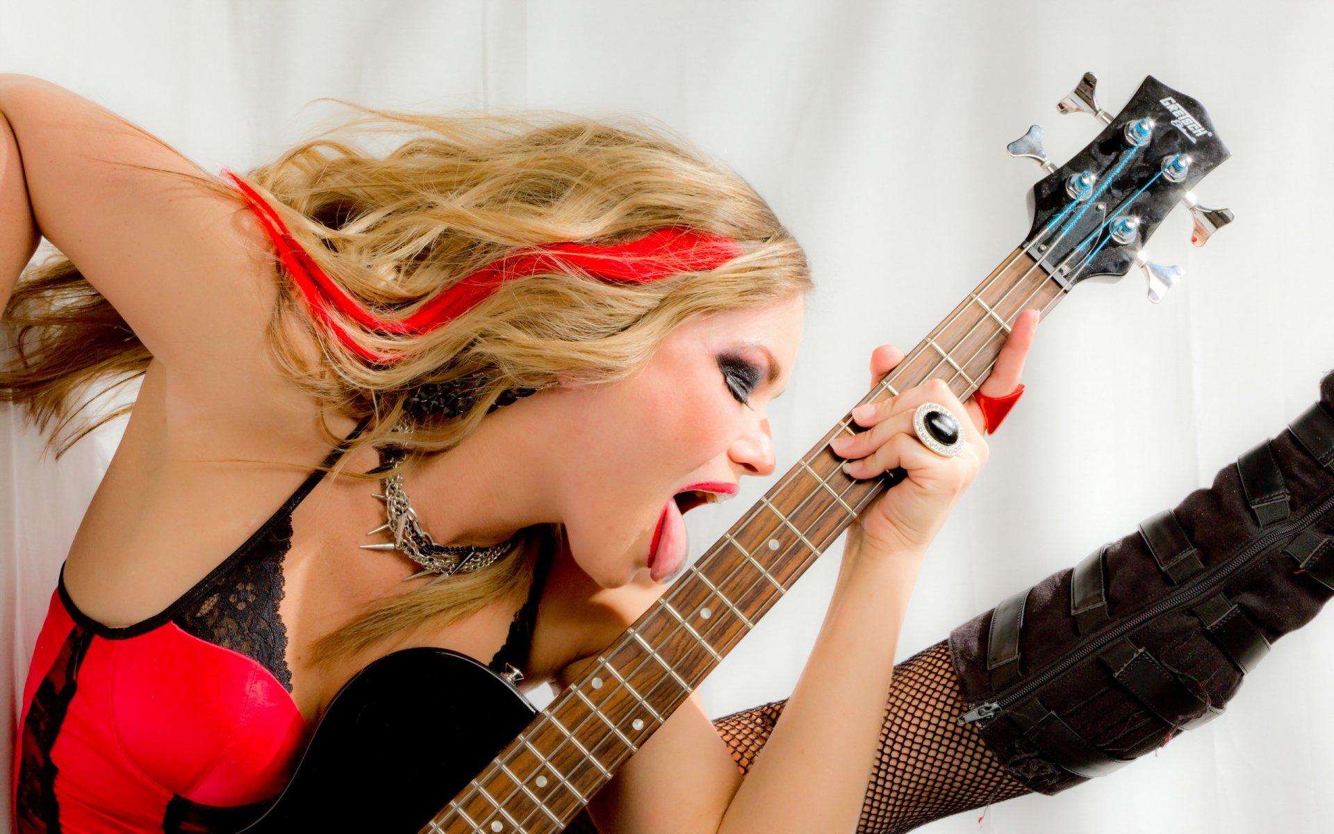 Трахнул на гитаре, Игра На Гитаре (найдено 47 порно видео роликов) 21 фотография