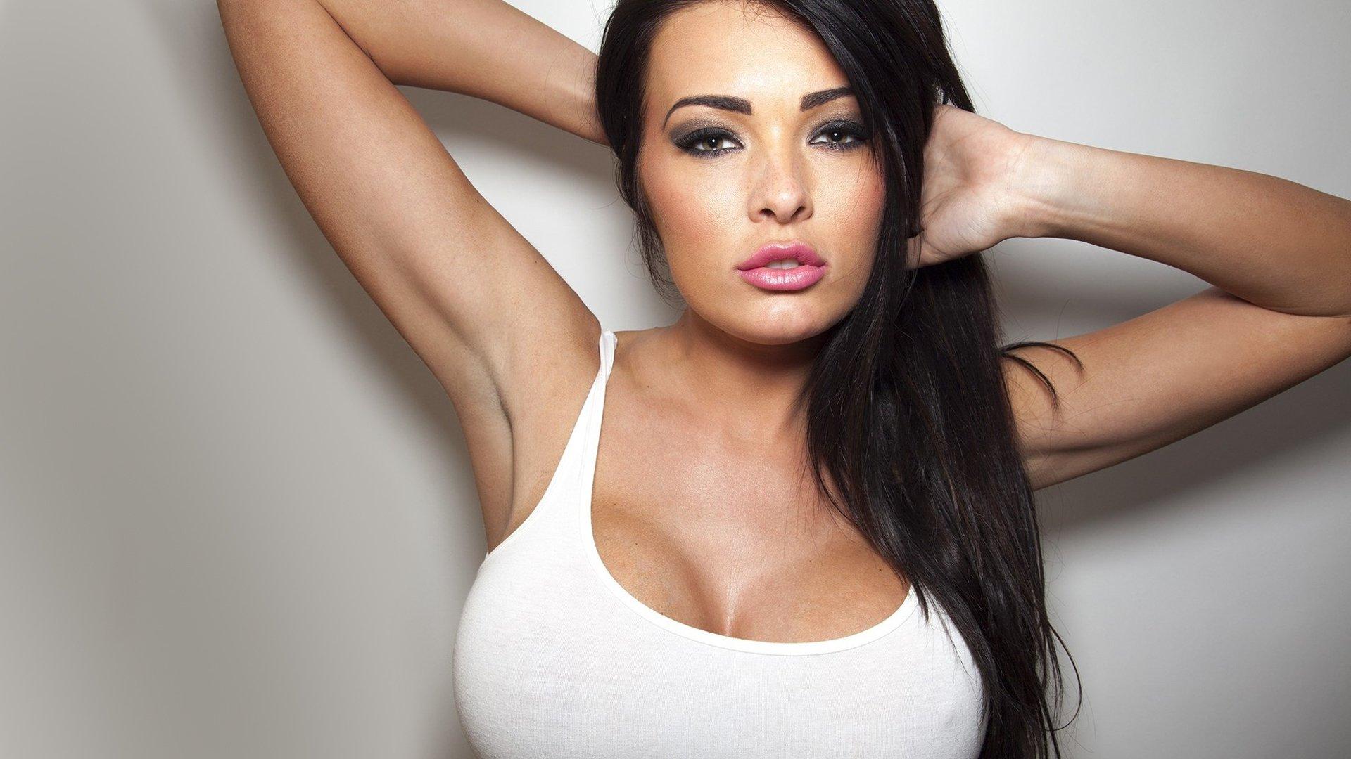 Красивые девушки с большой красивой грудью — photo 3