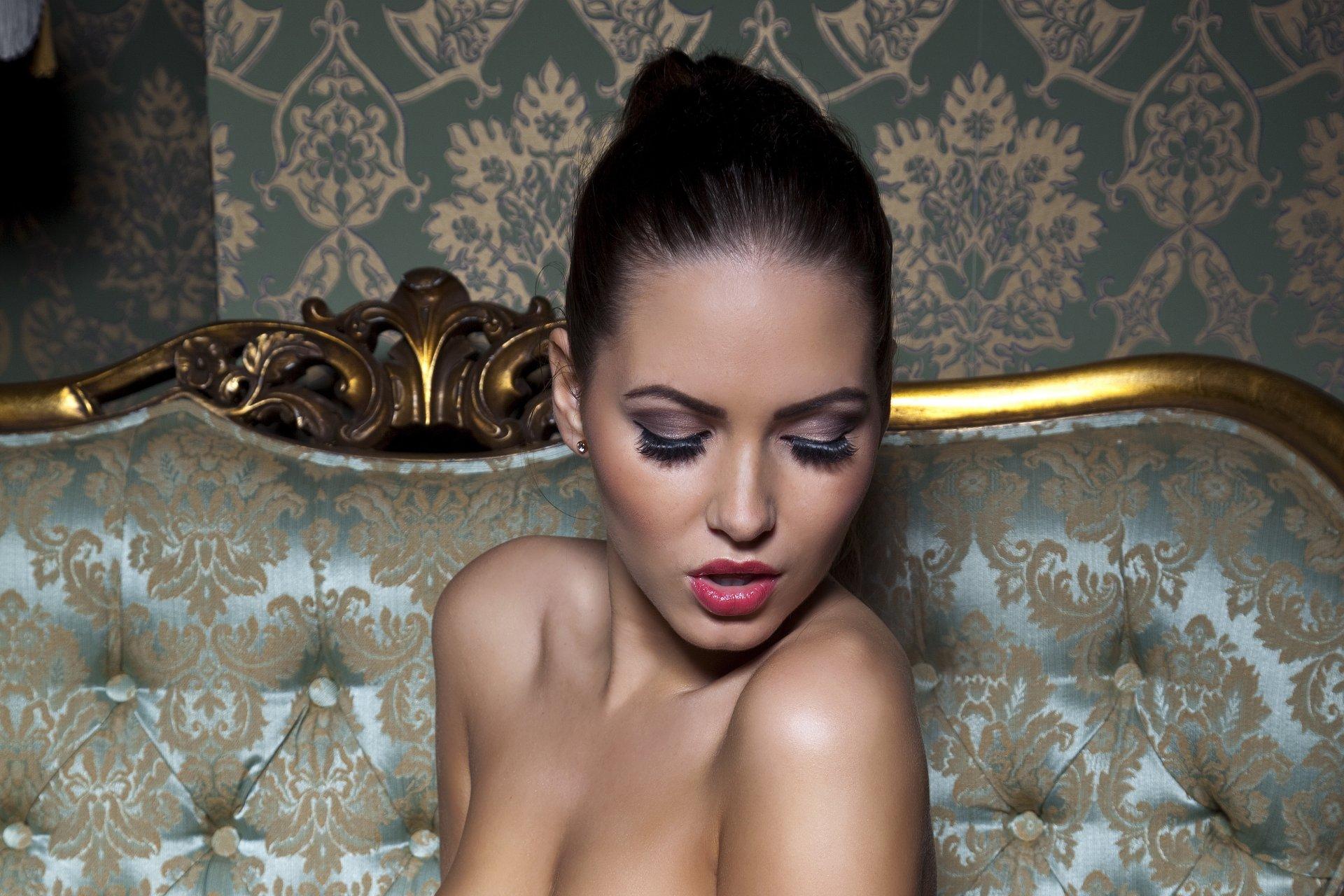 Фото голых моделей брюнеток, Огромная бесплатная галерея порно фото брюнеток 23 фотография