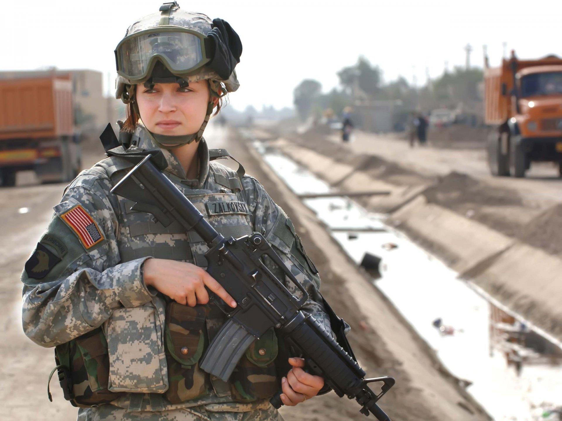 Fotos de mujeres soldados israelies desnudas 13