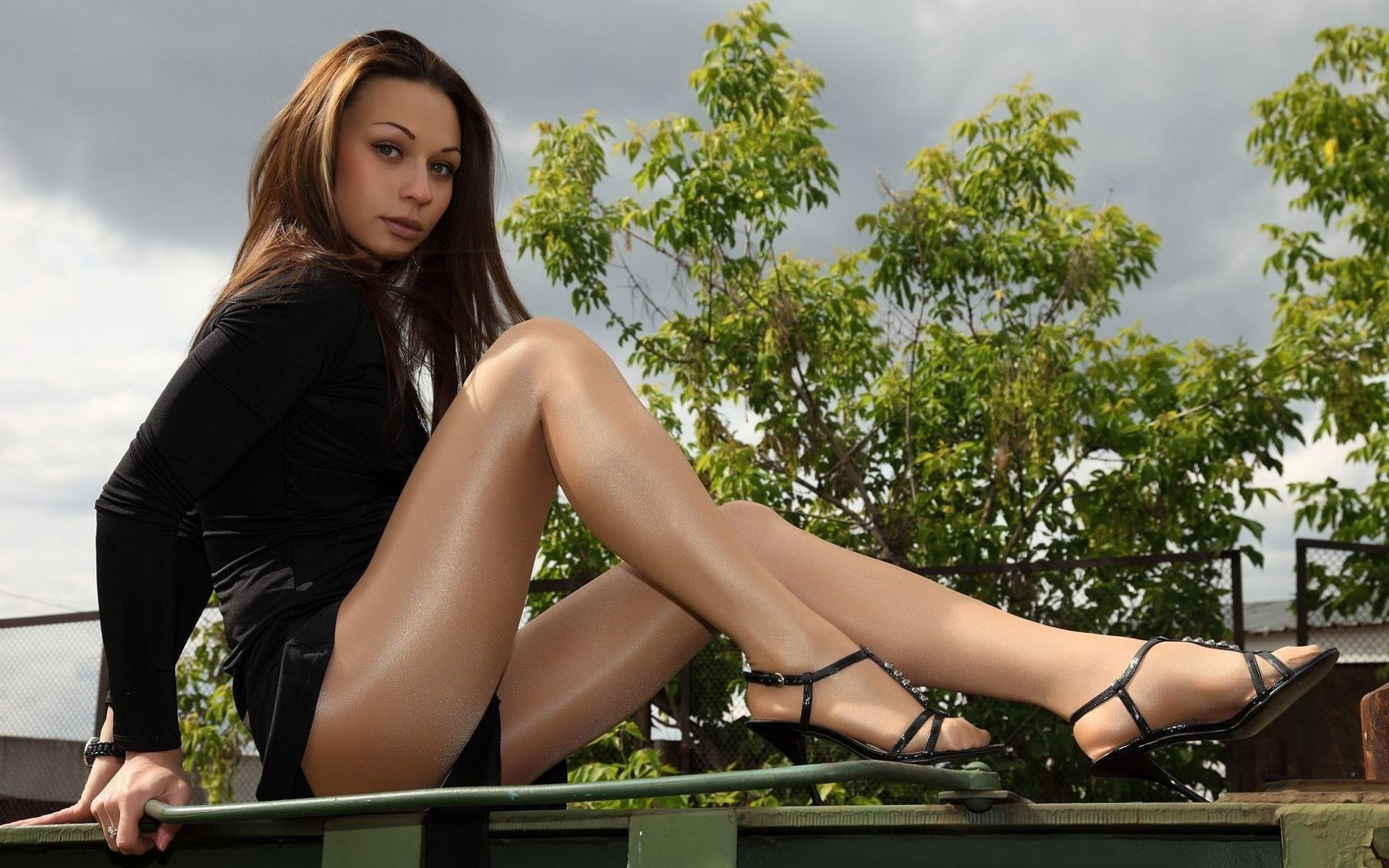 long-legged-beauties-videos