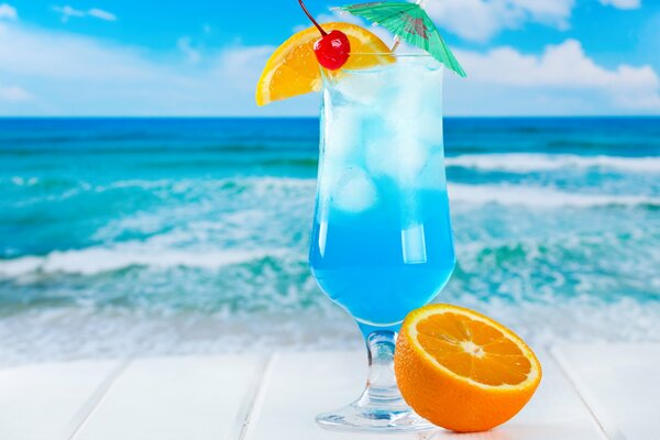 tropical cocktail blue curacao orange drink fruits fresh коктейль море фрукты лед пляж