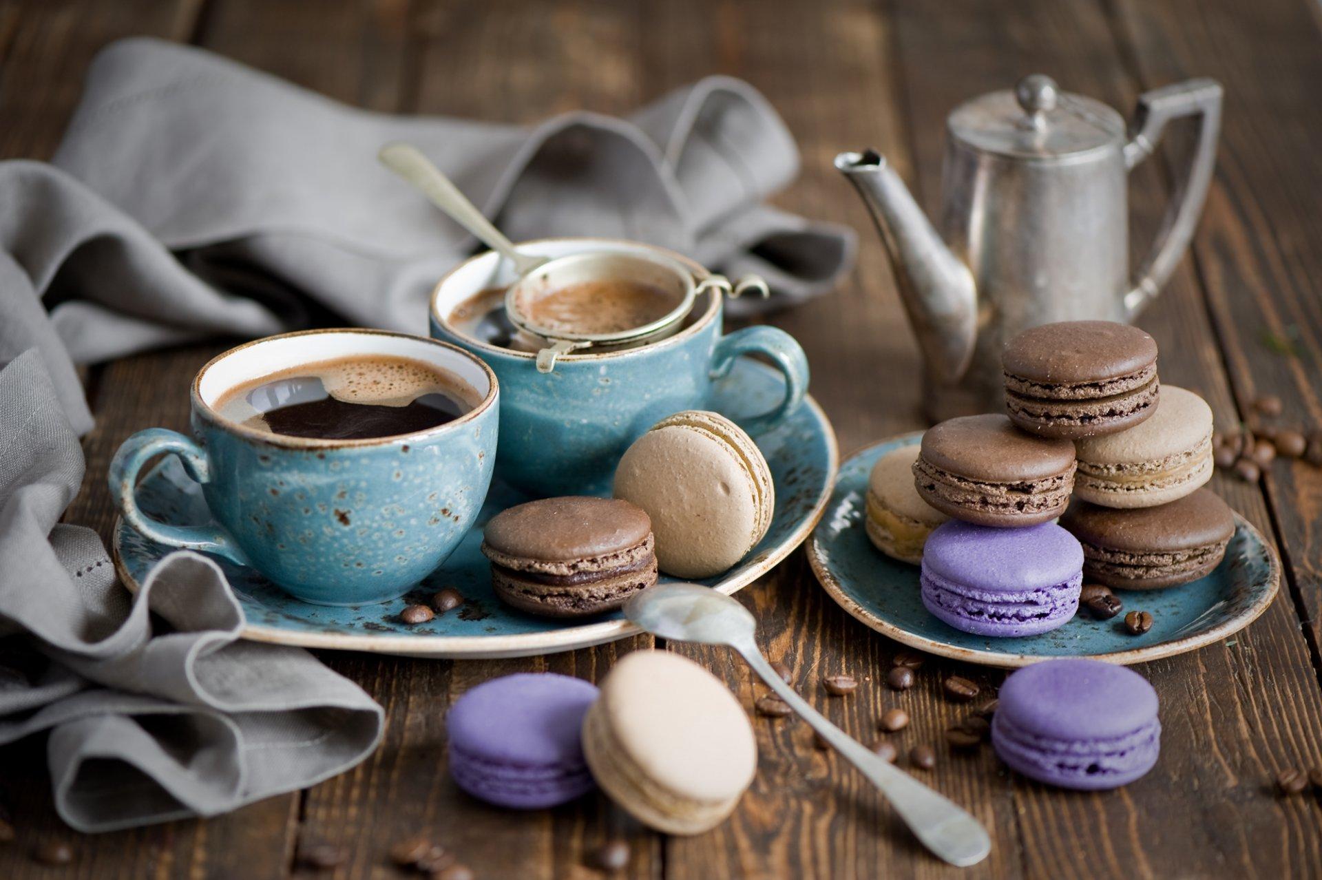 Картинка с чашкой кофе и сладостями
