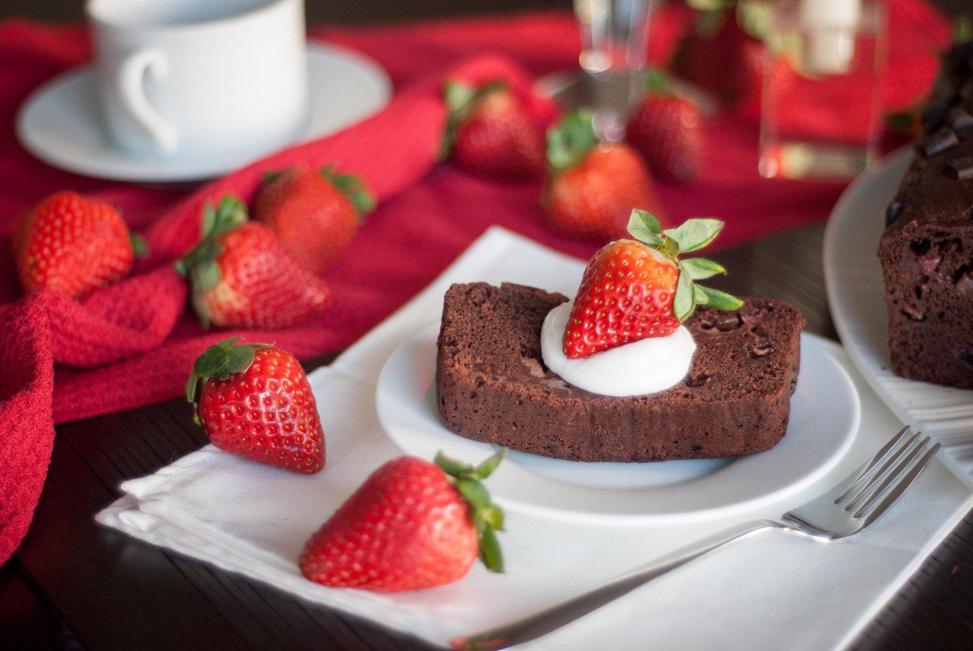 шоколадный брауни малина десерт пирожное скачать
