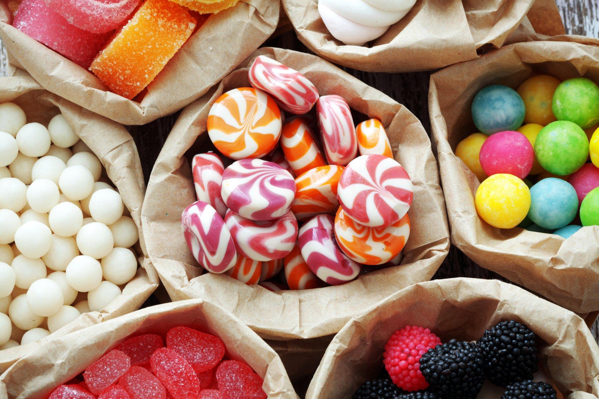 красочные сладкие шарики  № 972841 бесплатно