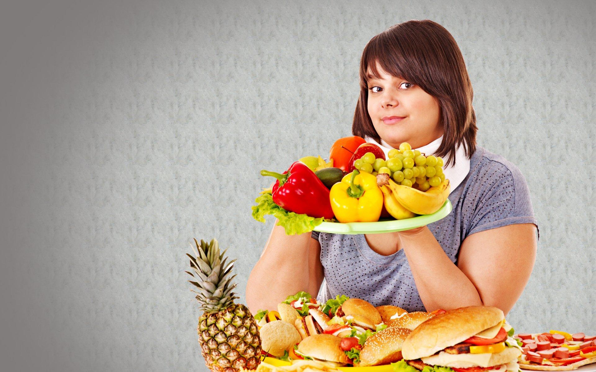 Ела одни фрукты похудела