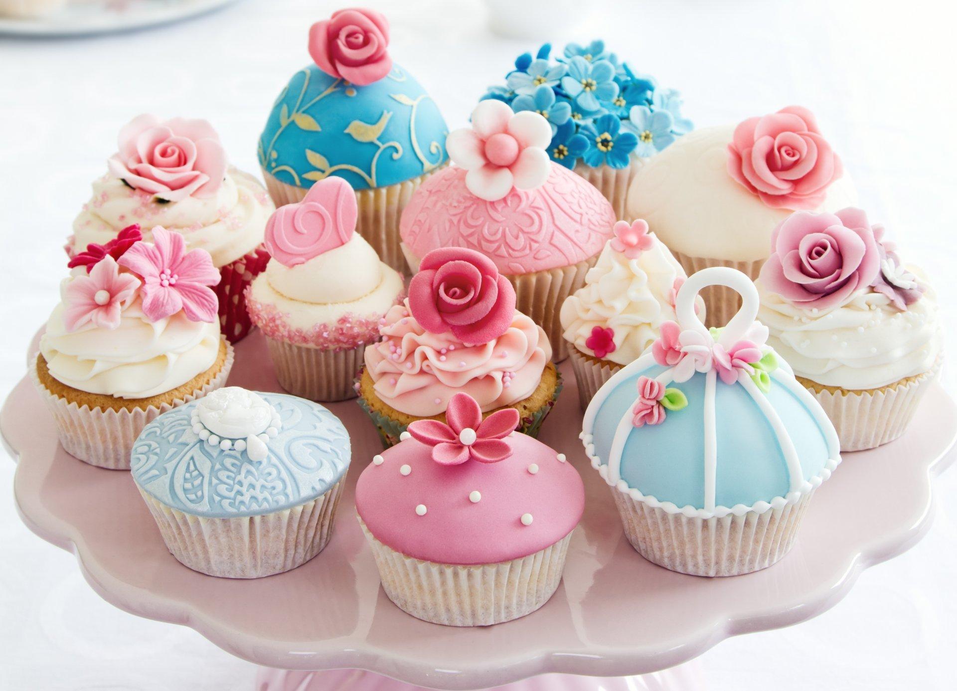 День рождения подарки тортов и кексов