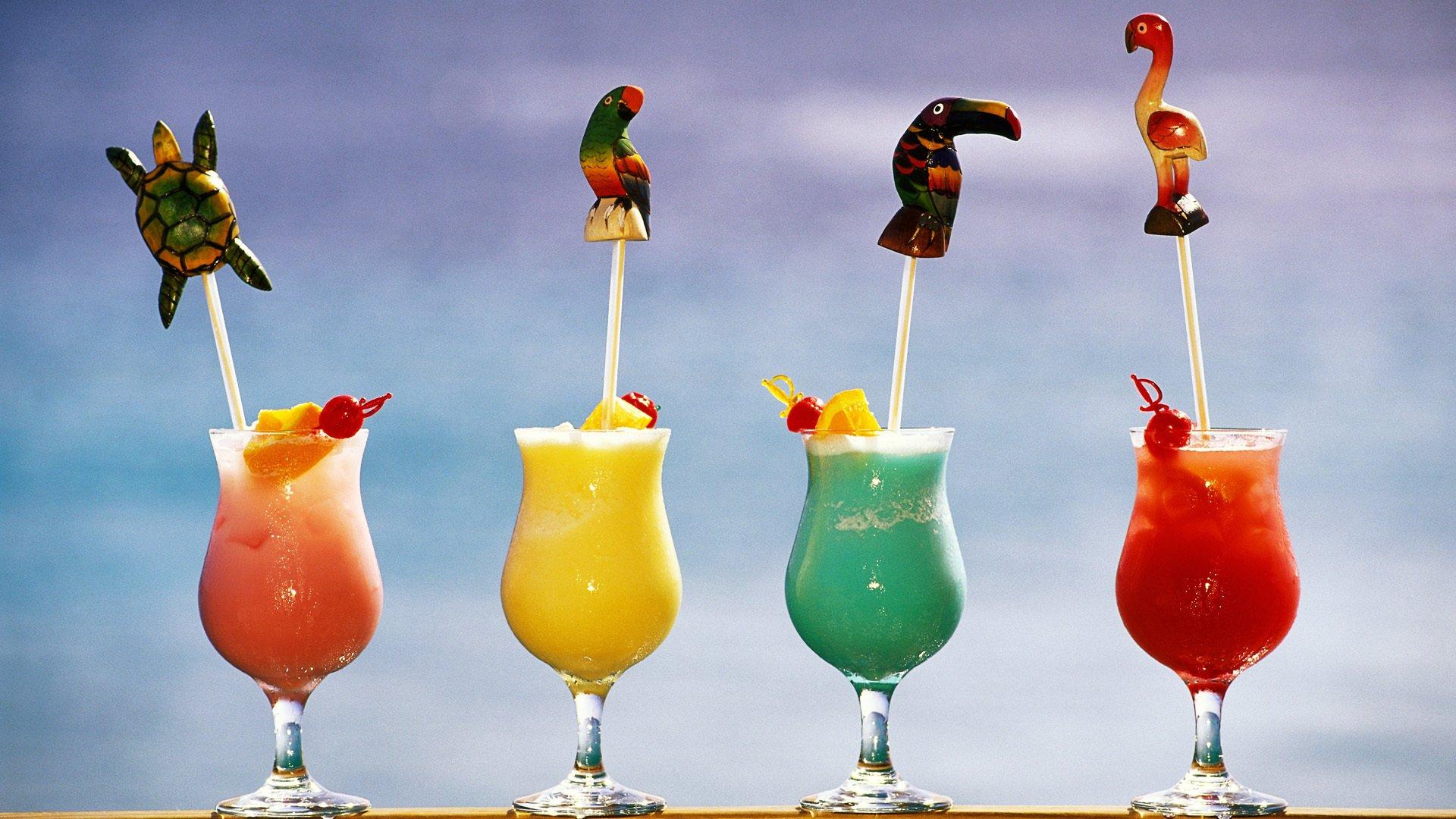 Разноцветные бокалы скачать