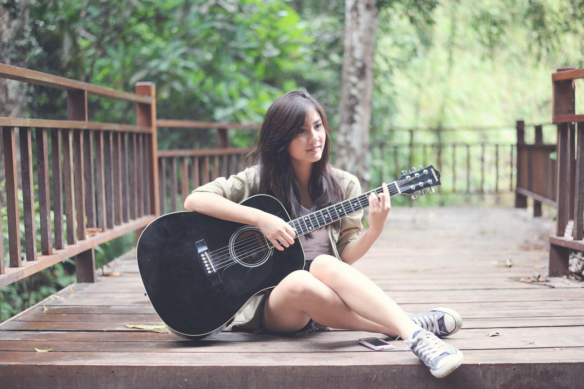 Знакомство С Девушками Гитарой
