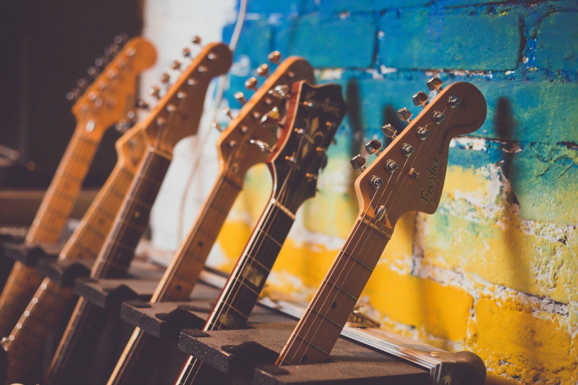 обои для рабочего стола гитара сохранятся памяти при