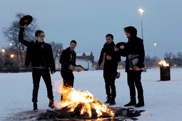 Fall out boy Peter Wentz Patrick Stump Joseph Mark Trohman Andrew John Hurley rock группа рок