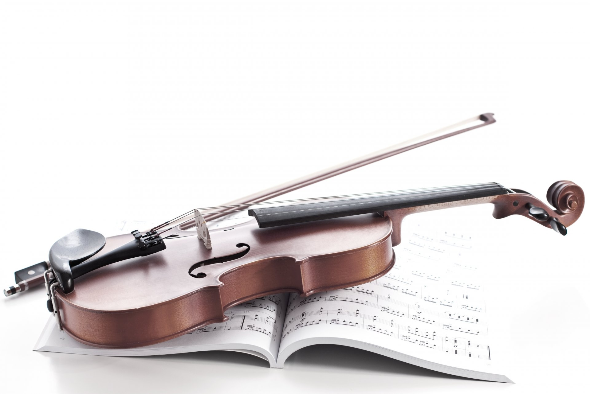 скрипка, ноты, торт  № 1908237 загрузить